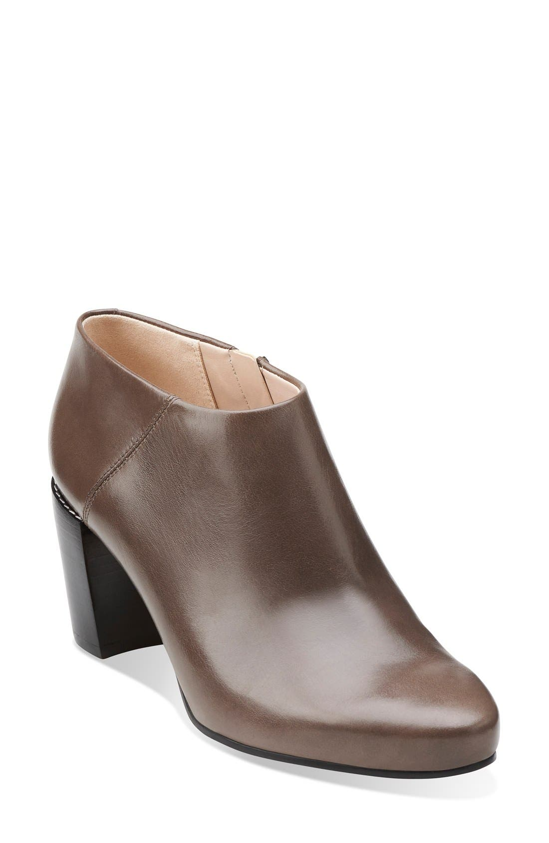 Main Image - Clarks® Narrative 'Cleaves Vibe' Bootie (Women)