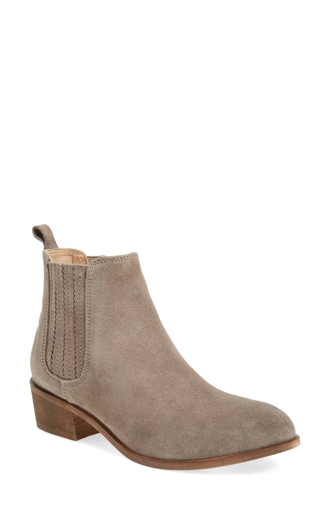 Alternate Image 1 Selected - Steve Madden 'Nylie' Chelsea Boot (Women)