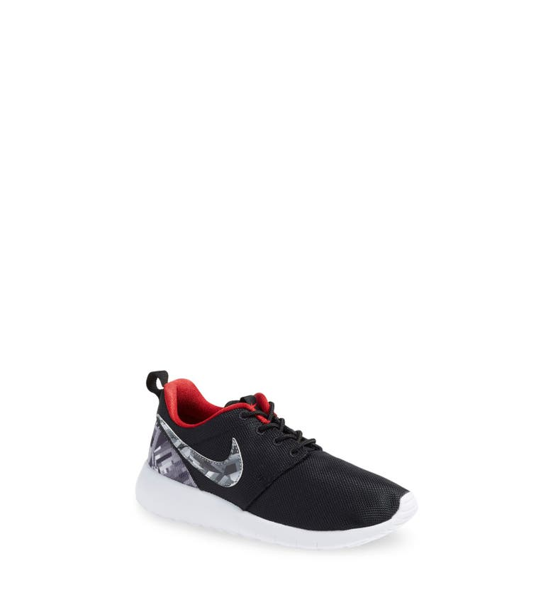 nike 39 roshe run 39 sneaker little kid big kid nordstrom. Black Bedroom Furniture Sets. Home Design Ideas