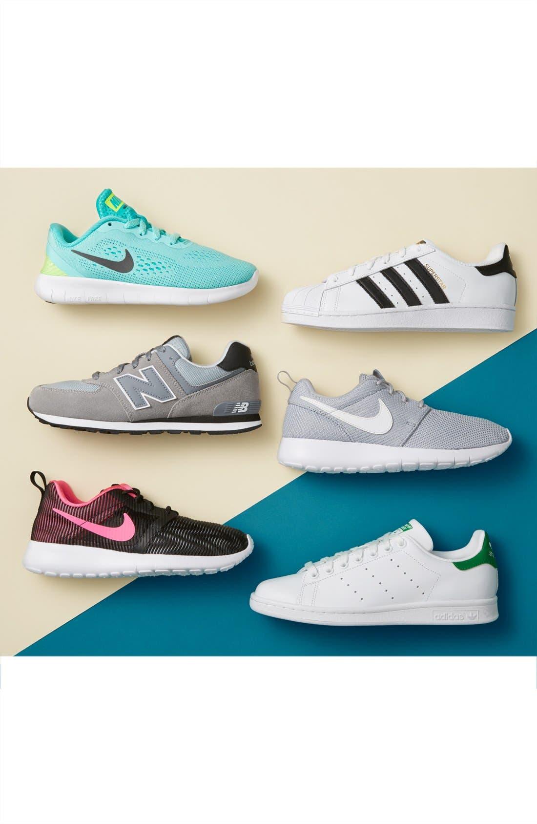 Alternate Image 7  - Nike 'Roshe Run' Sneaker (Little Kid & Big Kid)