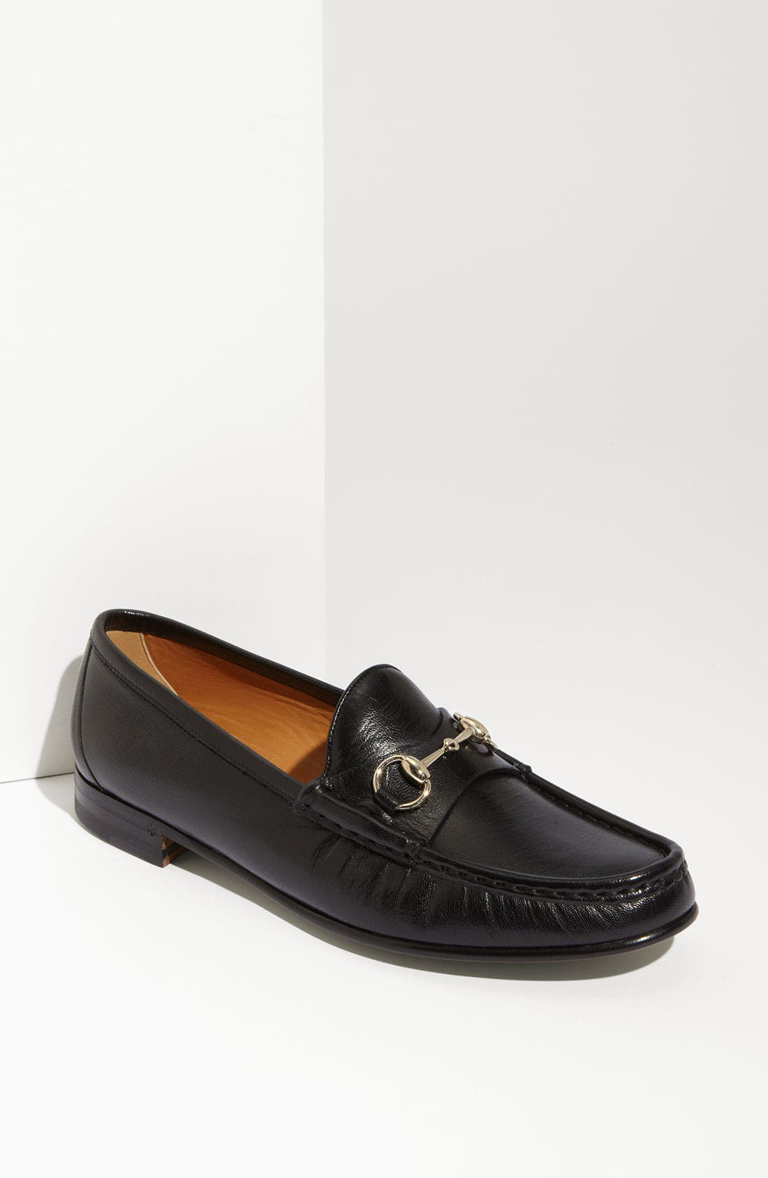Alternate Image 1 Selected - Gucci 'Clyde' Leather Loafer