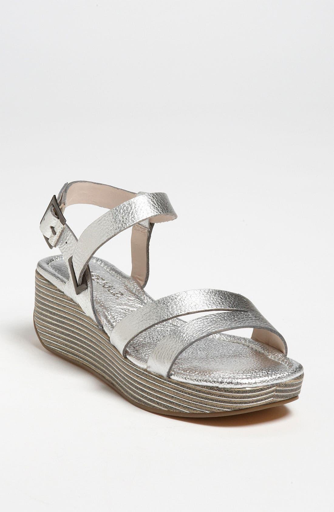 Main Image - Rosegold 'Hanna' Sandal