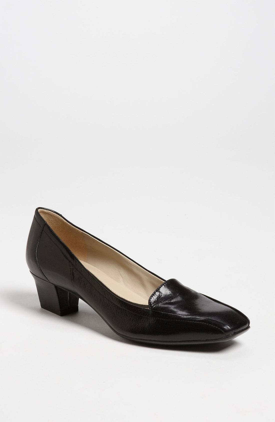 Alternate Image 1 Selected - Naturalizer 'Fuller' Pump