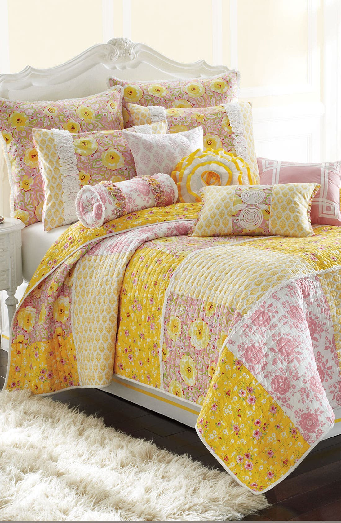 Alternate Image 1 Selected - Dena Home 'Arianna' Quilt