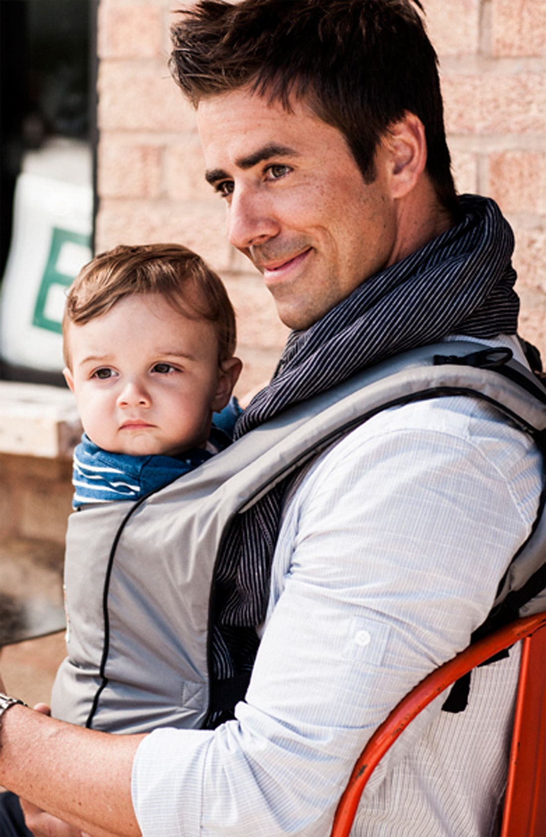 Alternate Image 3  - ERGObaby 'Urban Chic' Baby Carrier