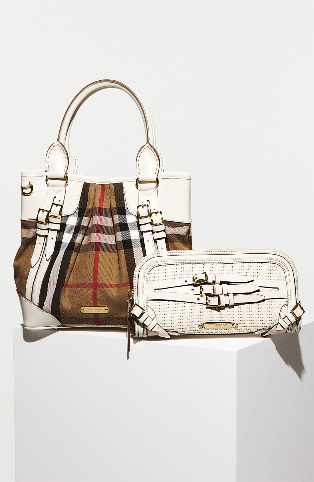 Alternate Image 5  - Burberry 'House Check - Small' Tote