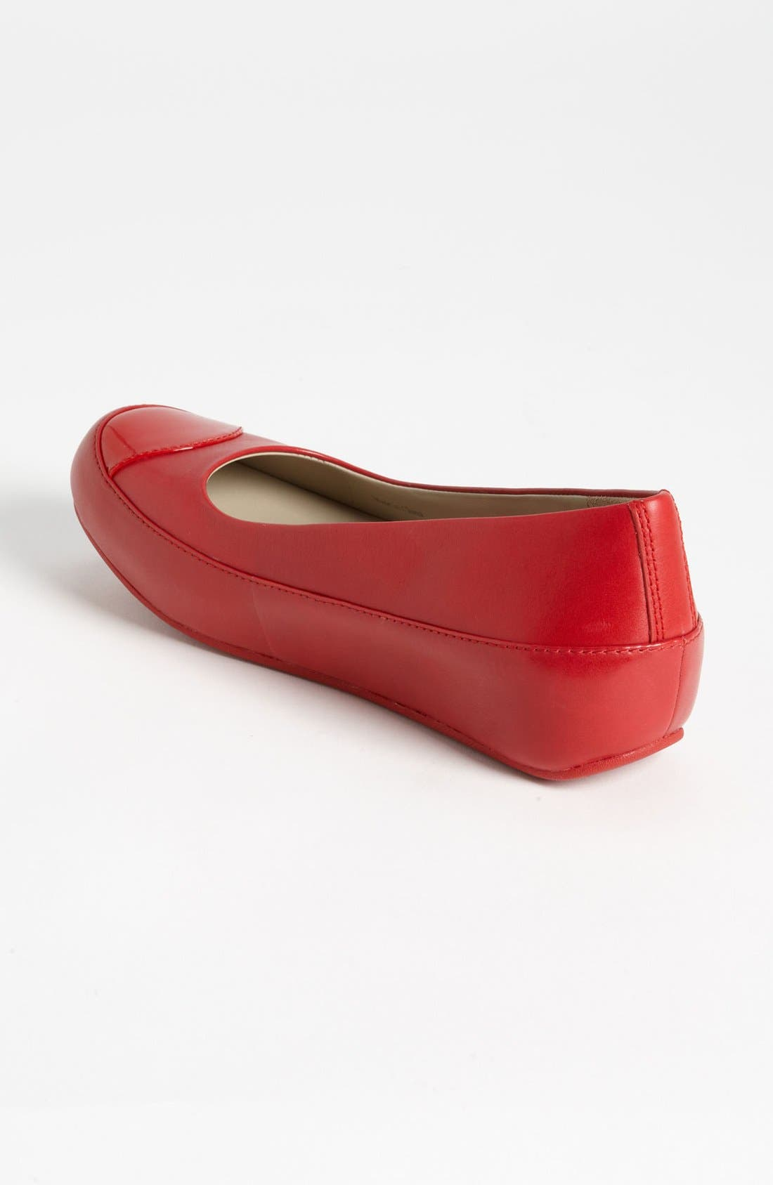 Alternate Image 2  - FitFlop 'Dué™' Leather Flat