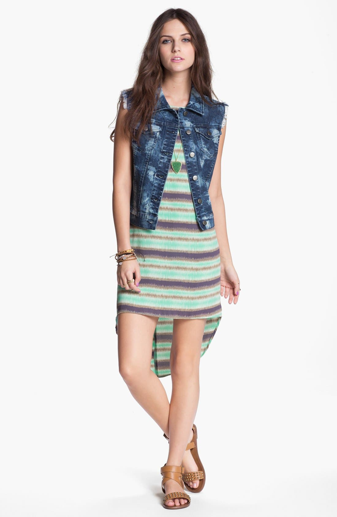Alternate Image 3  - Lush Print High/Low Shift Dress (Juniors)