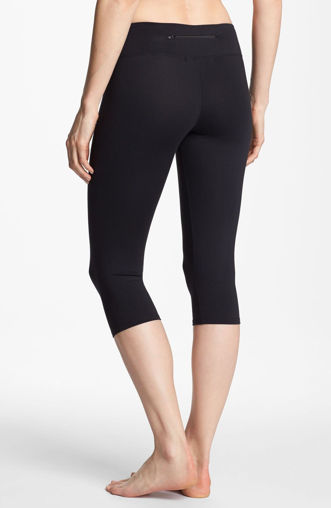 Alternate Image 1 Selected - Solow 'Eclon' Crop Cycling Leggings