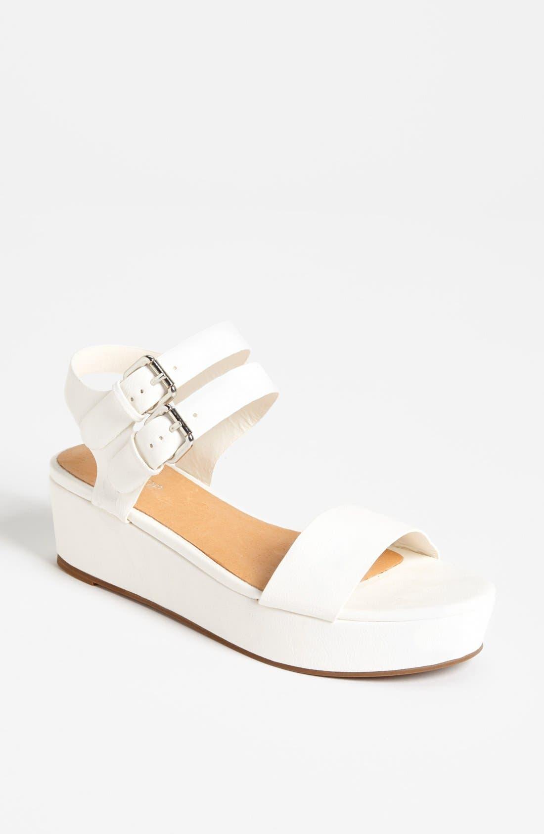 Alternate Image 1 Selected - Topshop 'Hanna' Sandal