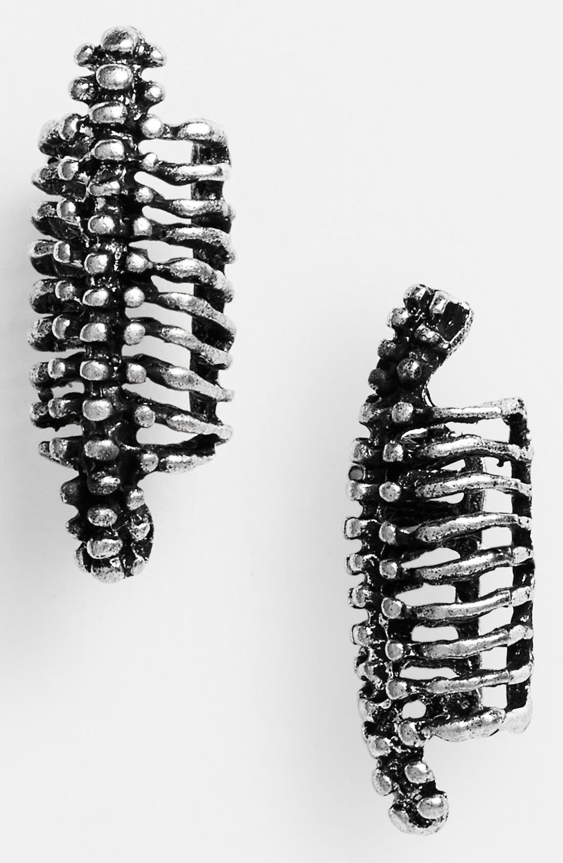 Alternate Image 1 Selected - Leith 'Ribcage' Ear Cuff