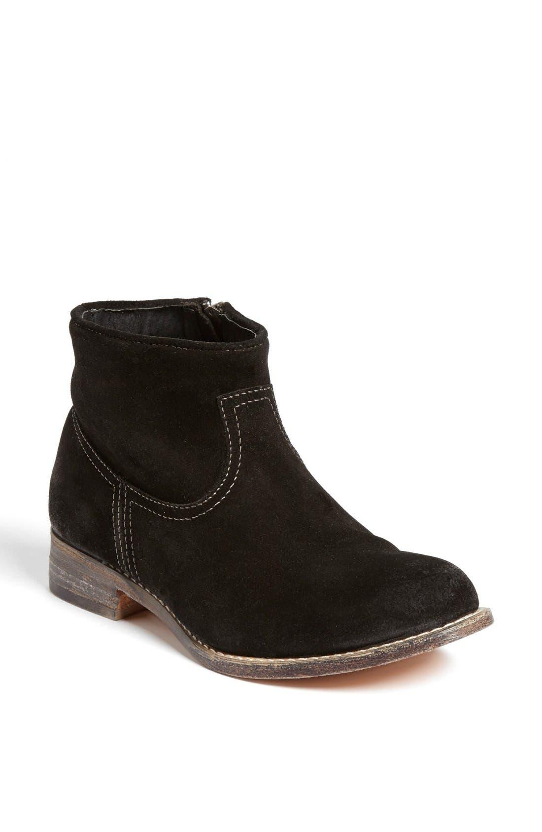 Main Image - Hinge 'Sabor' Short Boot