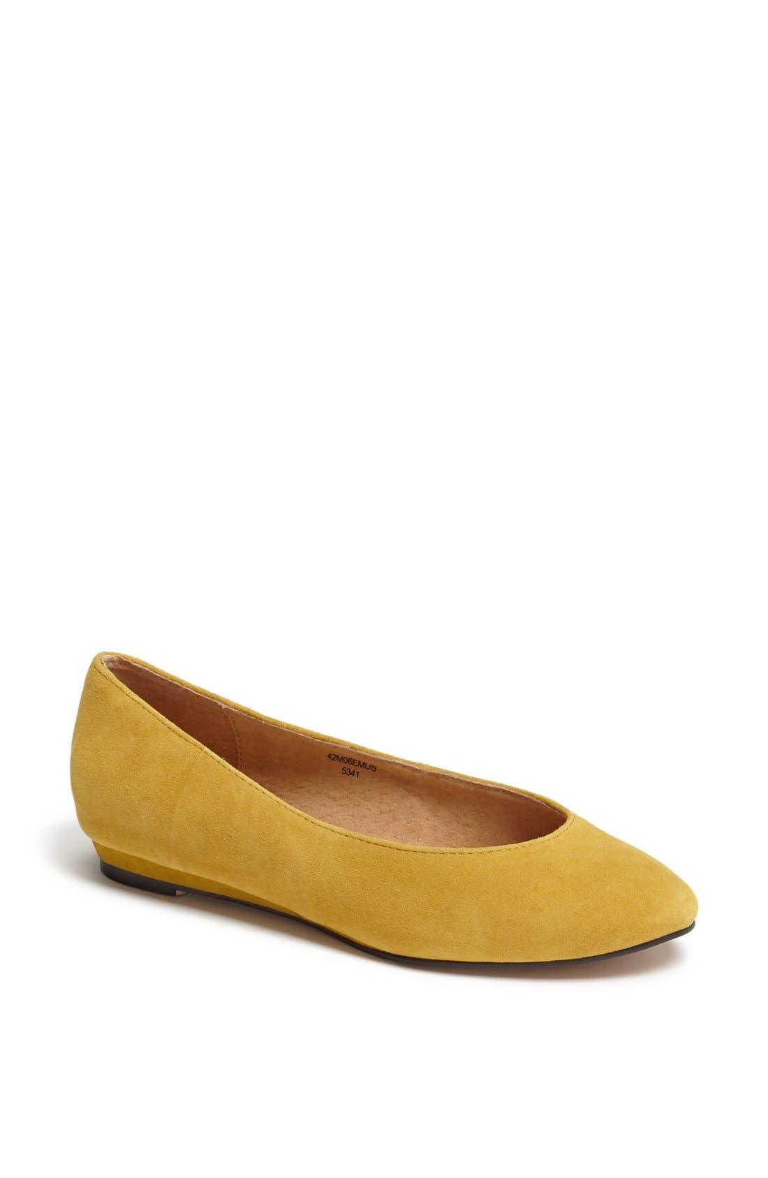 'Mello Mini Wedge' Court Shoe,                             Main thumbnail 1, color,                             Mustard