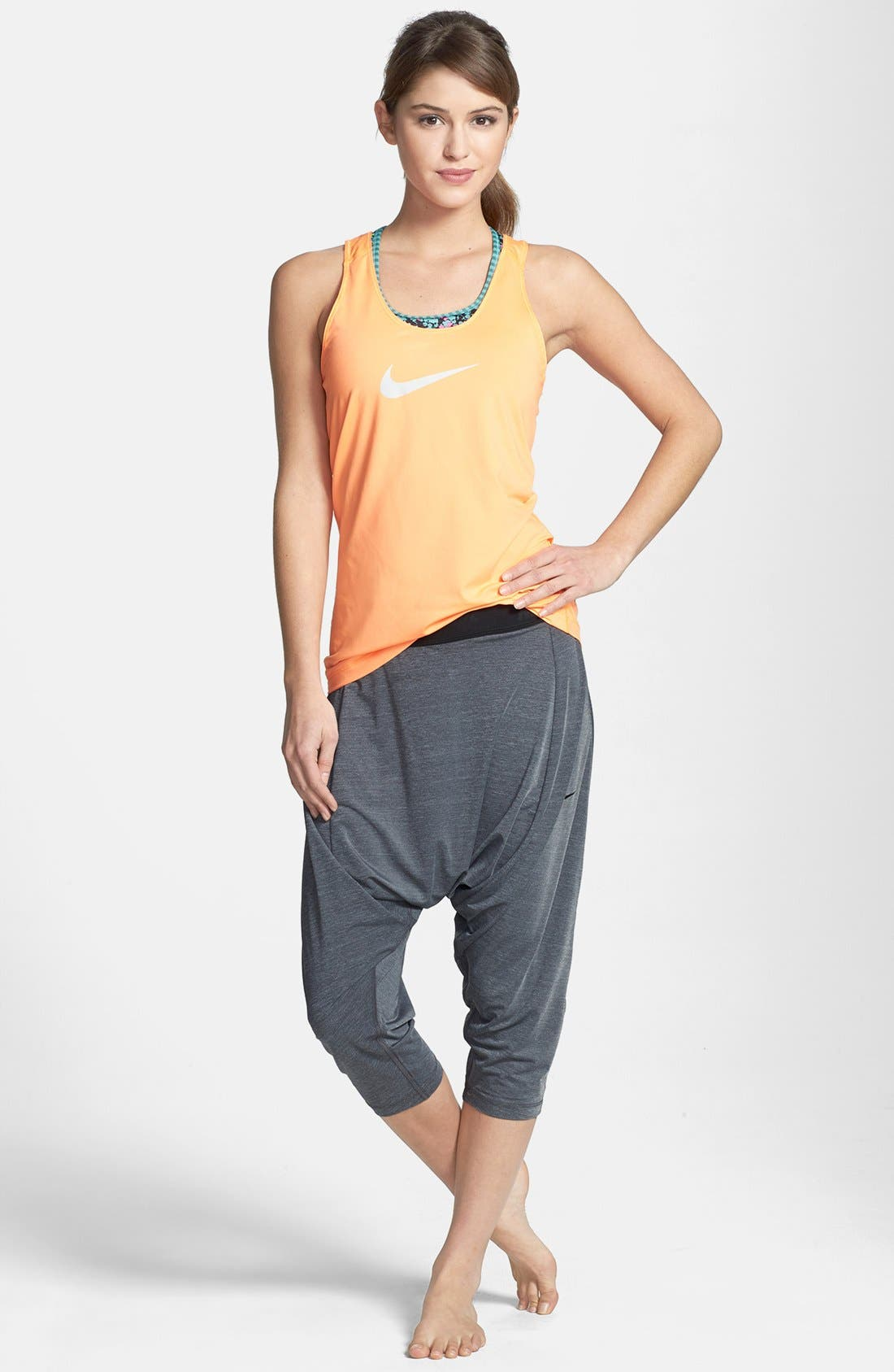 Alternate Image 3  - Nike 'Tadasana' Dri-FIT Training Harem Capri Pants