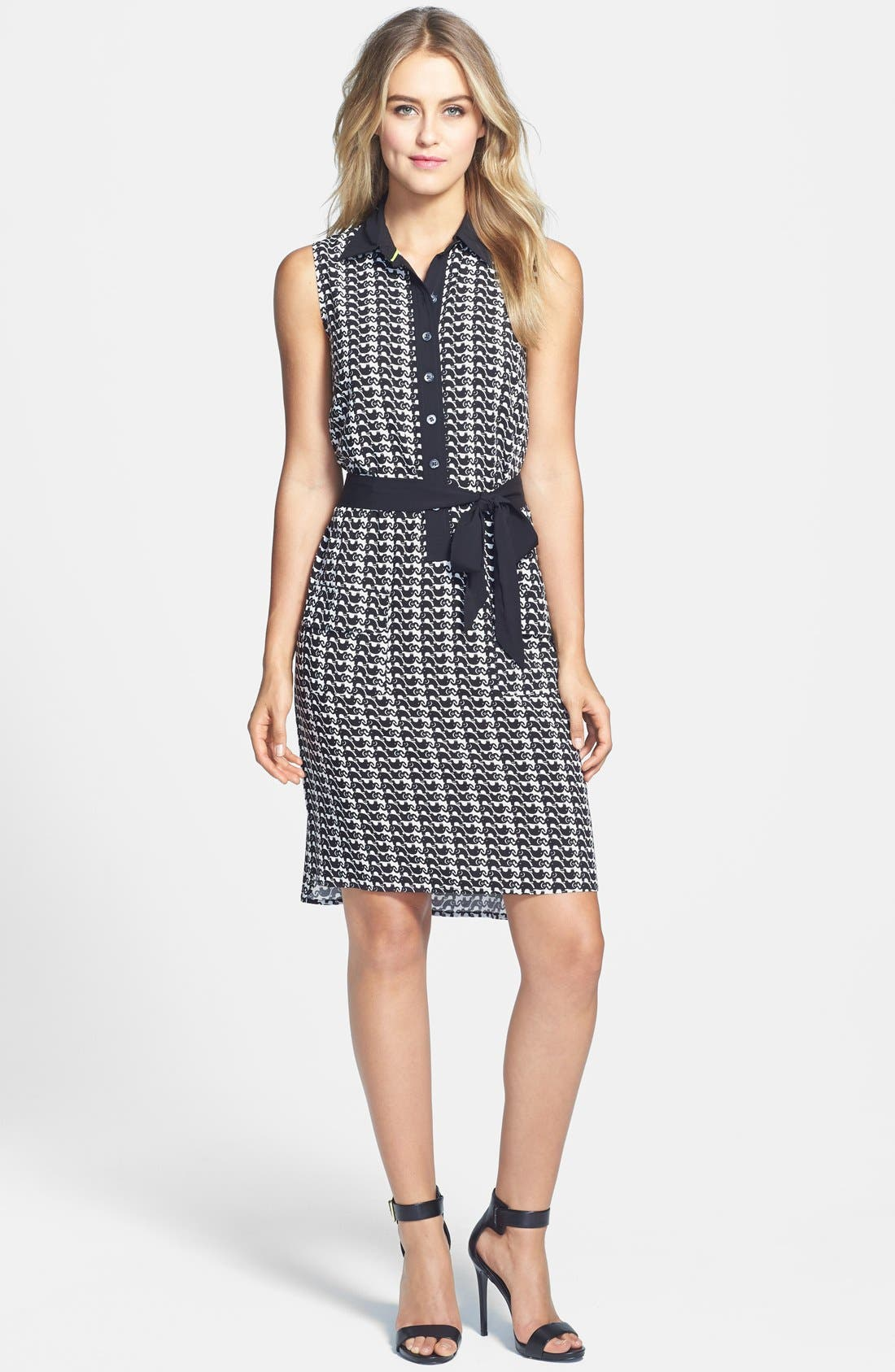 Main Image - Two by Vince Camuto Elephant Print Sleeveless Woven Dress