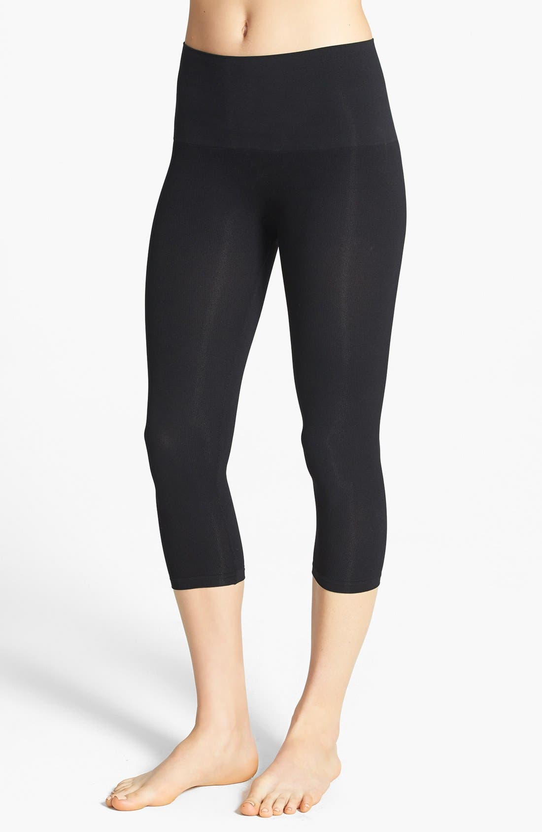 Main Image - Star Power by SPANX® 'Tout & About' Seamless Smoother Capris