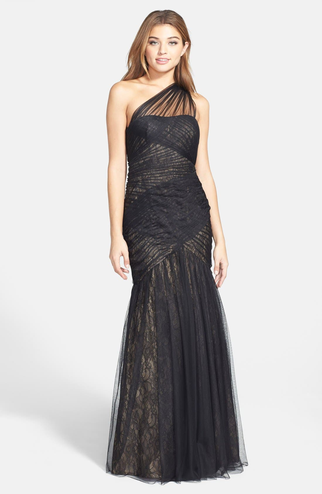 Main Image - Monique Lhuillier One-Shoulder Tulle Trumpet Gown (Nordstrom Exclusive)