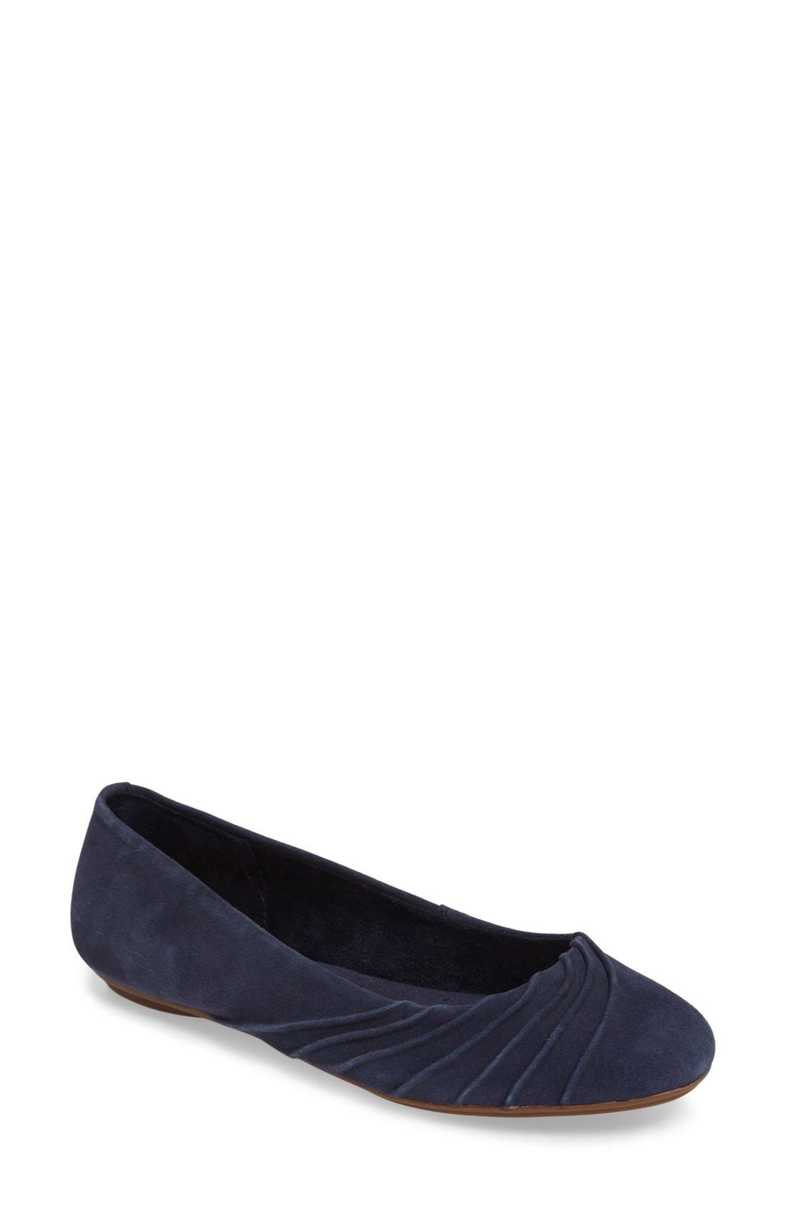Hush Puppies® 'Zella Chase' Ballet Flat (Women)