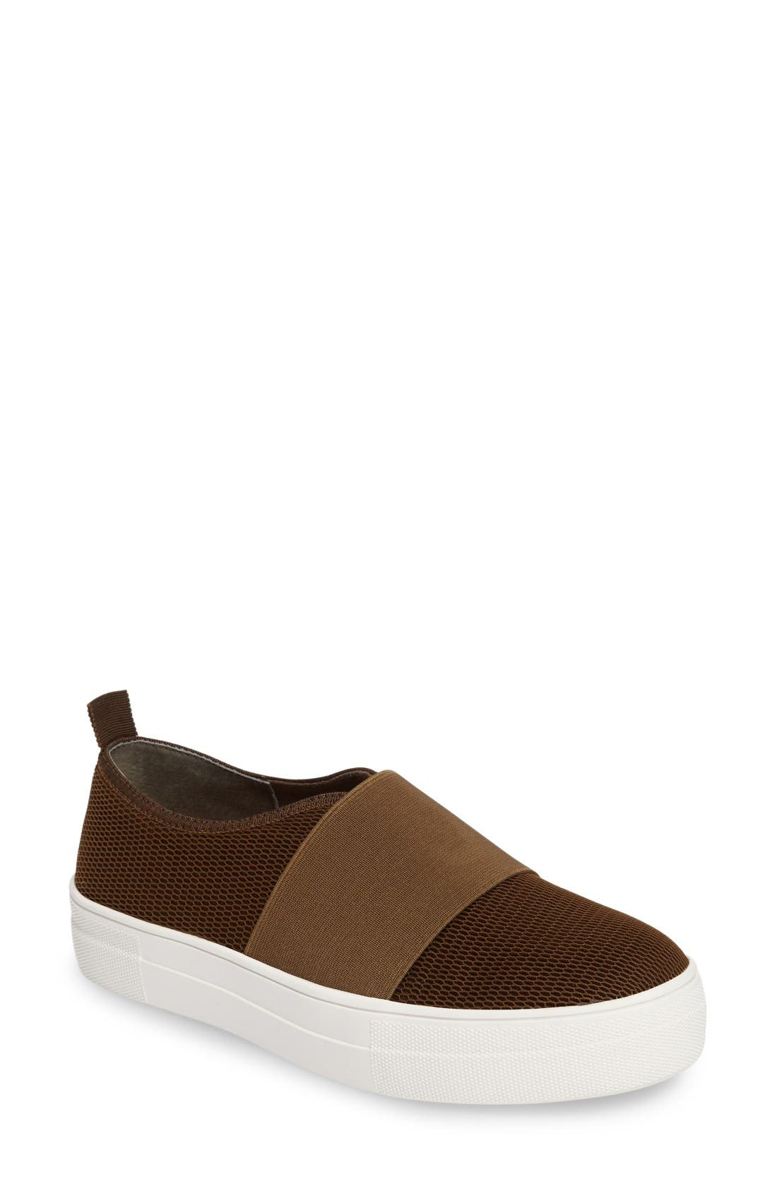 Alternate Image 1 Selected - Steve Madden Glenn Slip-On Platform Sneaker (Women)