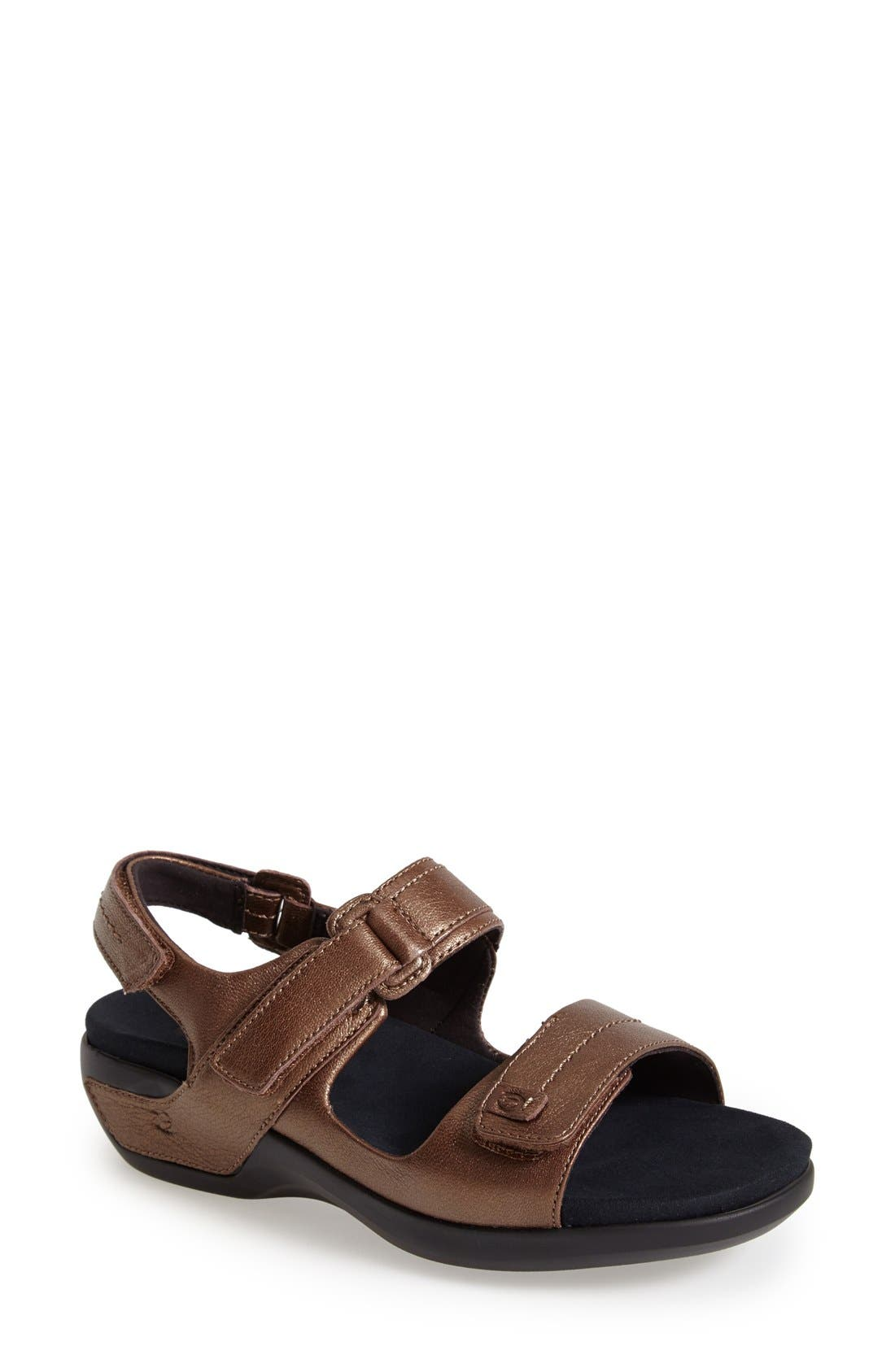 Aravon 'Katy' Leather Sandal (Women)