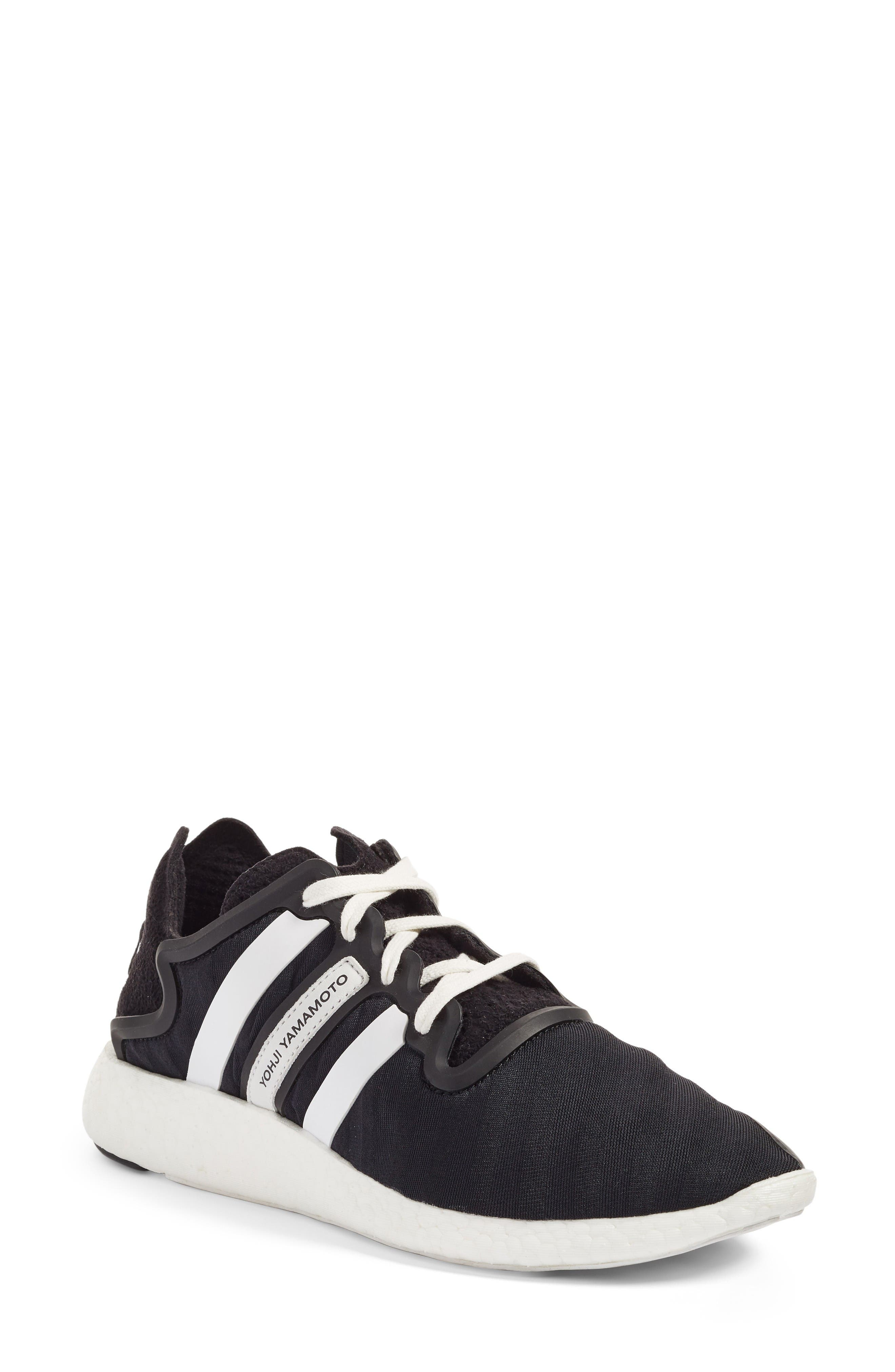 Alternate Image 1 Selected - Y-3 Yohji Run Sneaker (Women)