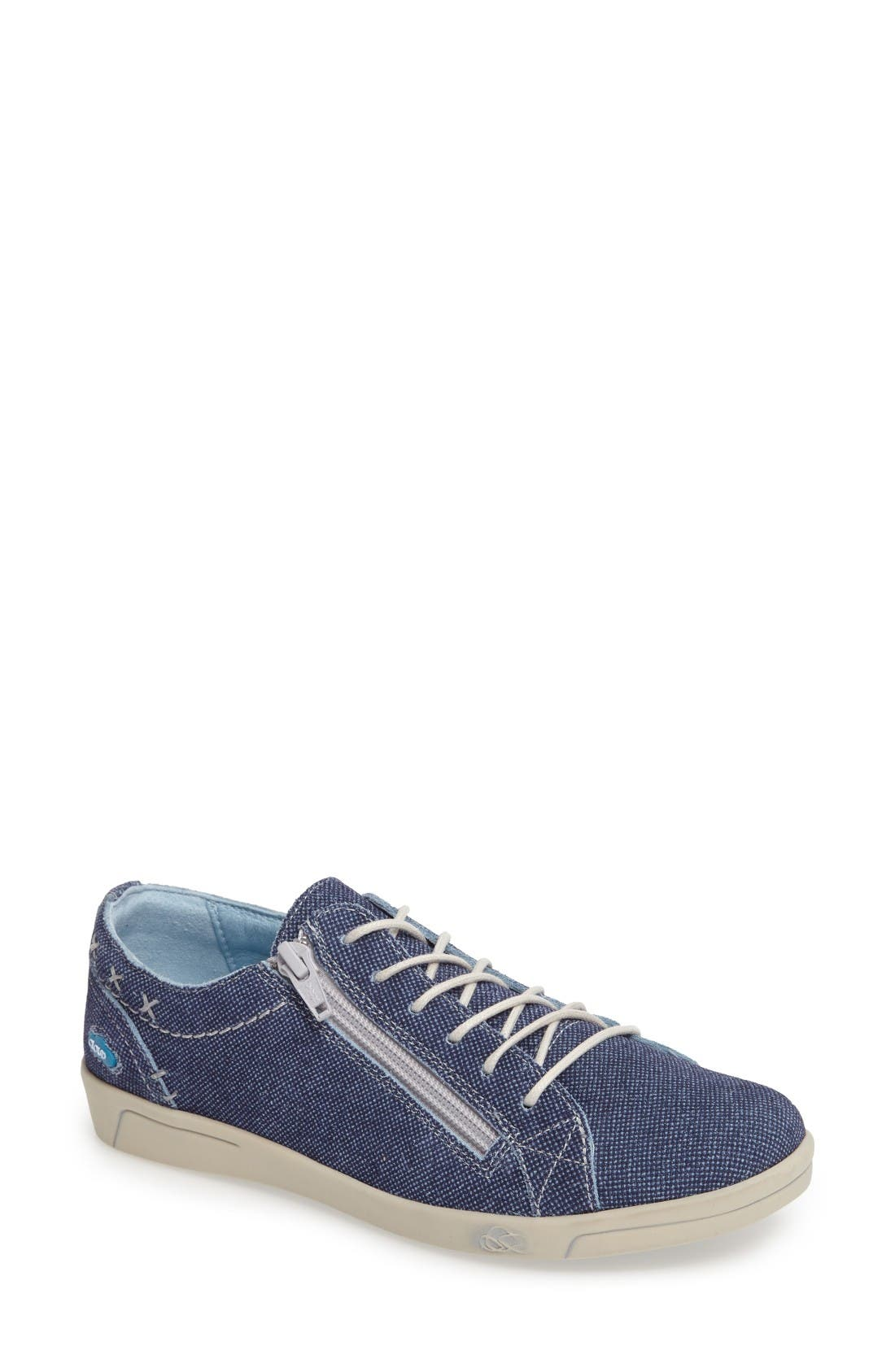 CLOUD 'Aika' Leather Sneaker (Women)