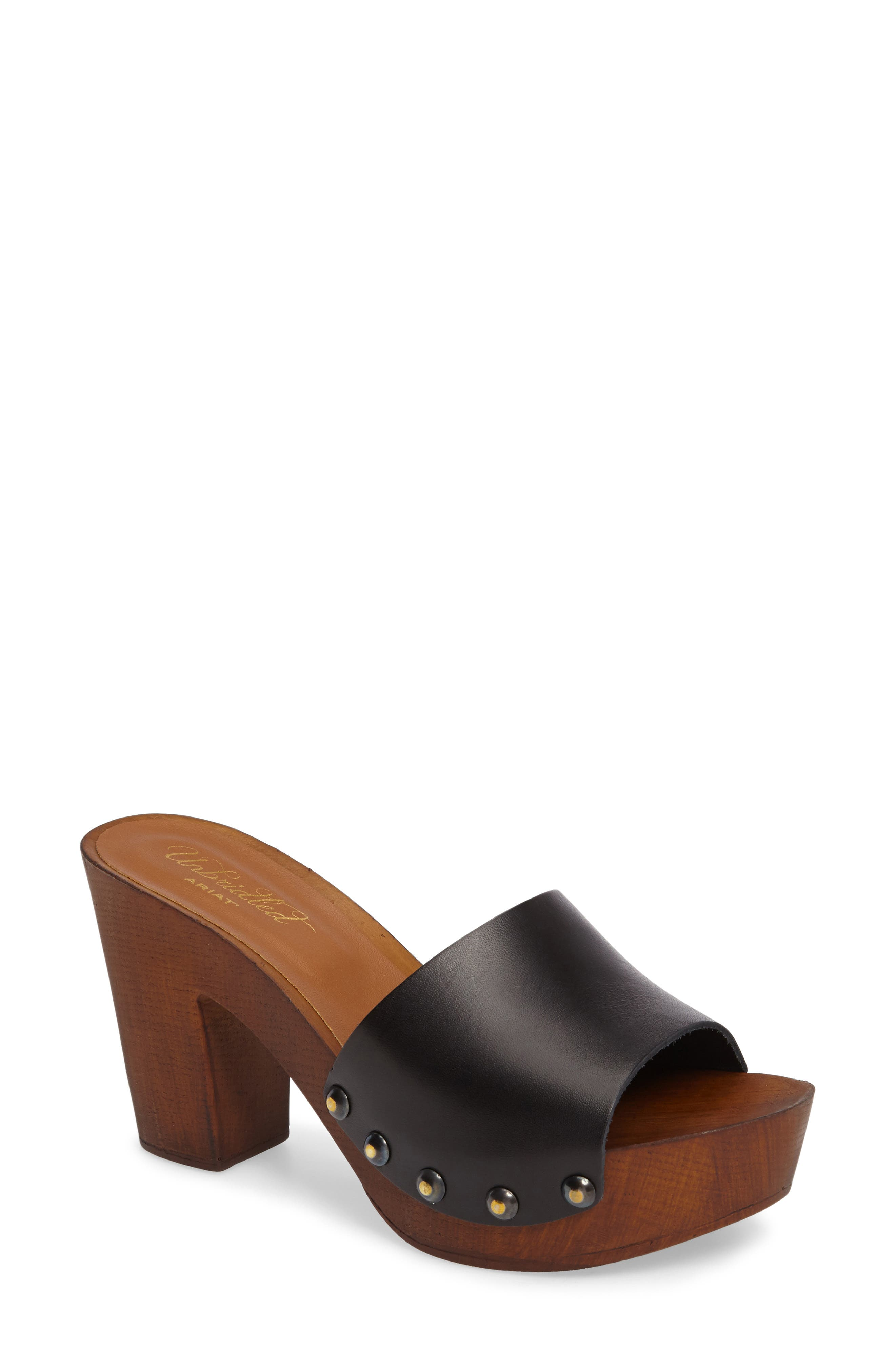 ARIAT Unbridled Lennon Mule in Black Leather