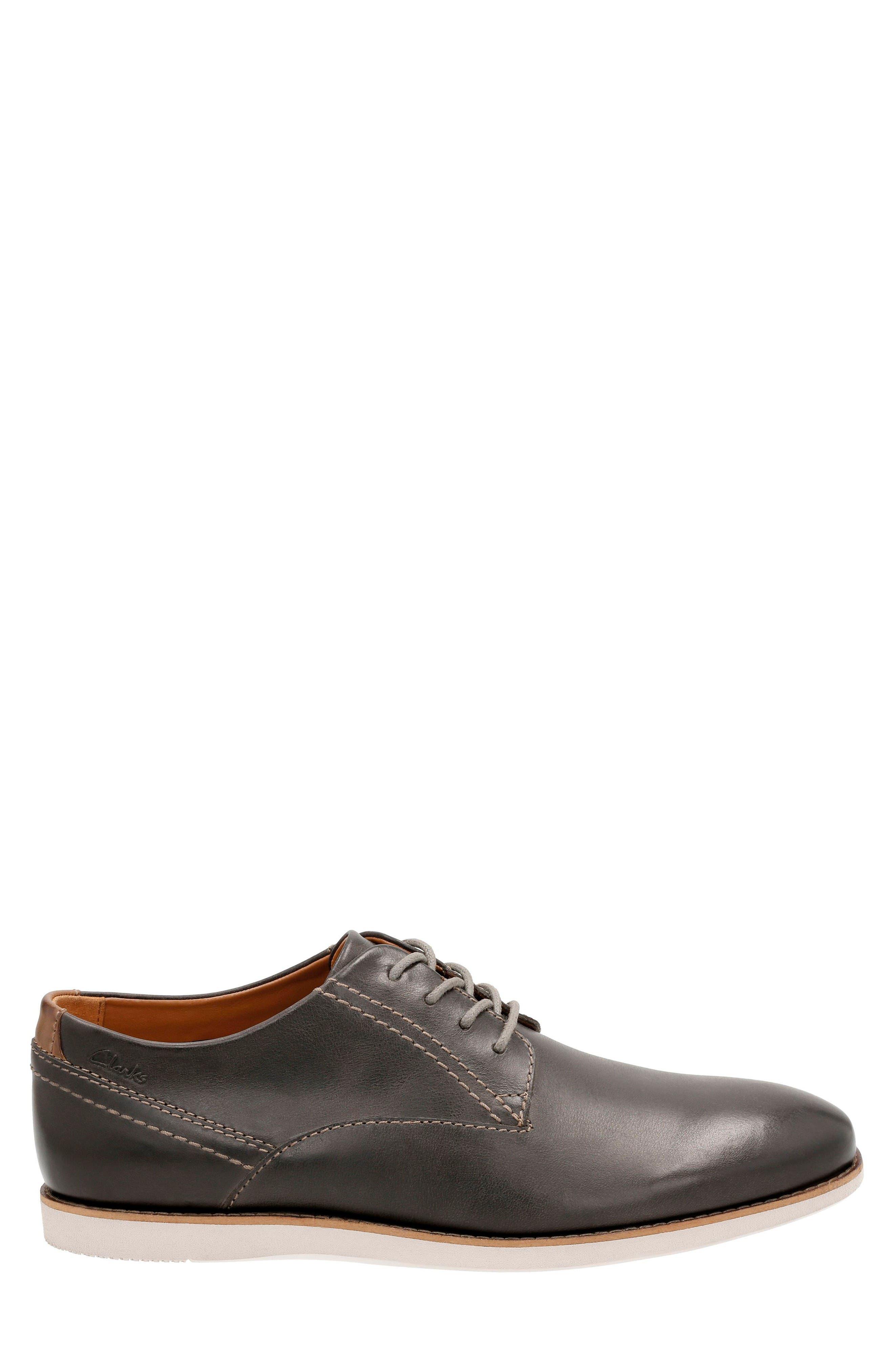 Alternate Image 2  - Clarks® Franson Plain Toe Derby (Men)