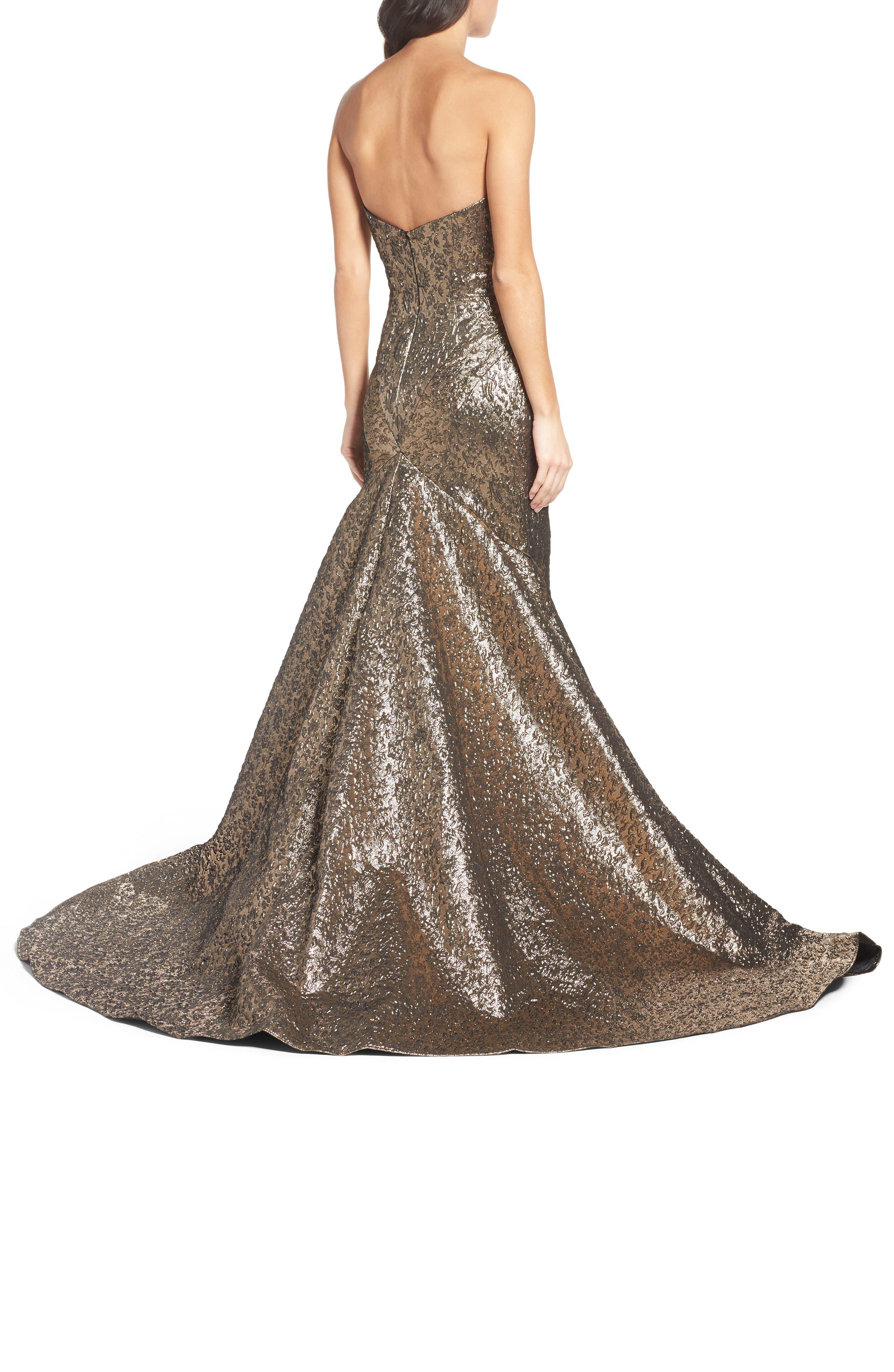 Alternate Image 2  - Mac Duggal Lamé Mermaid Gown