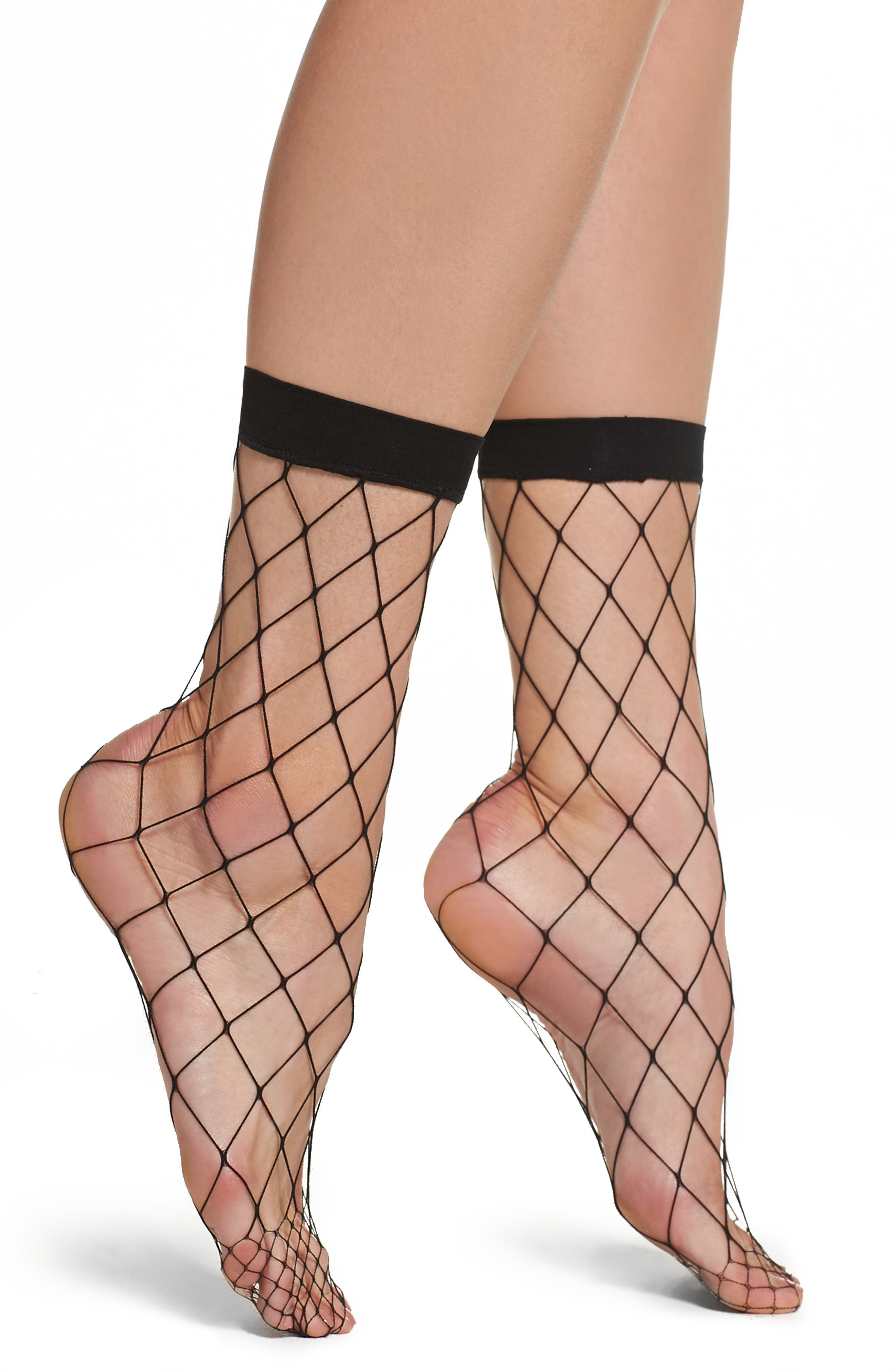 Nordstrom Fishnet Ankle Socks