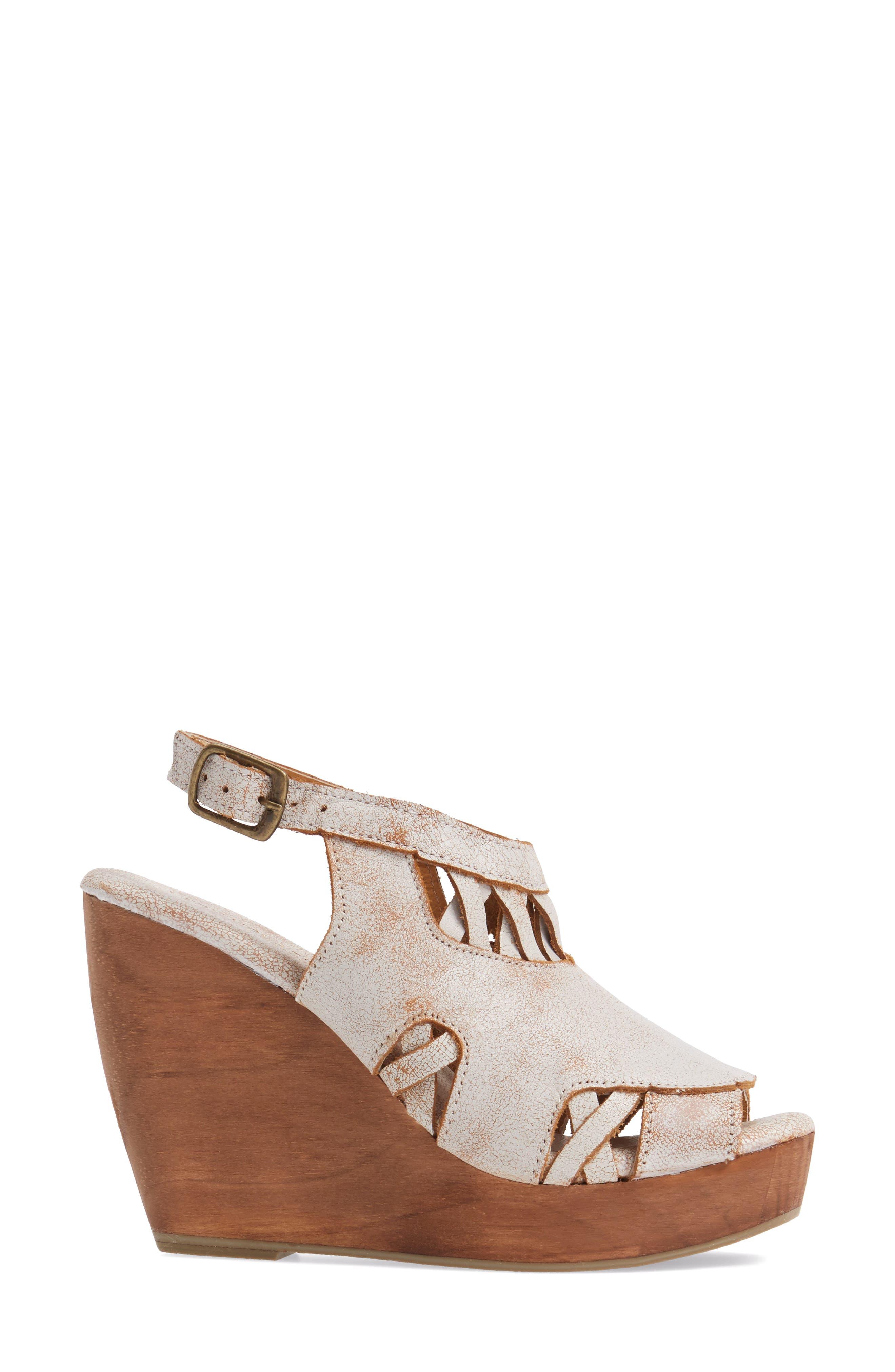 Alternate Image 3  - Very Volatile Sloane Platform Wedge Sandal (Women)