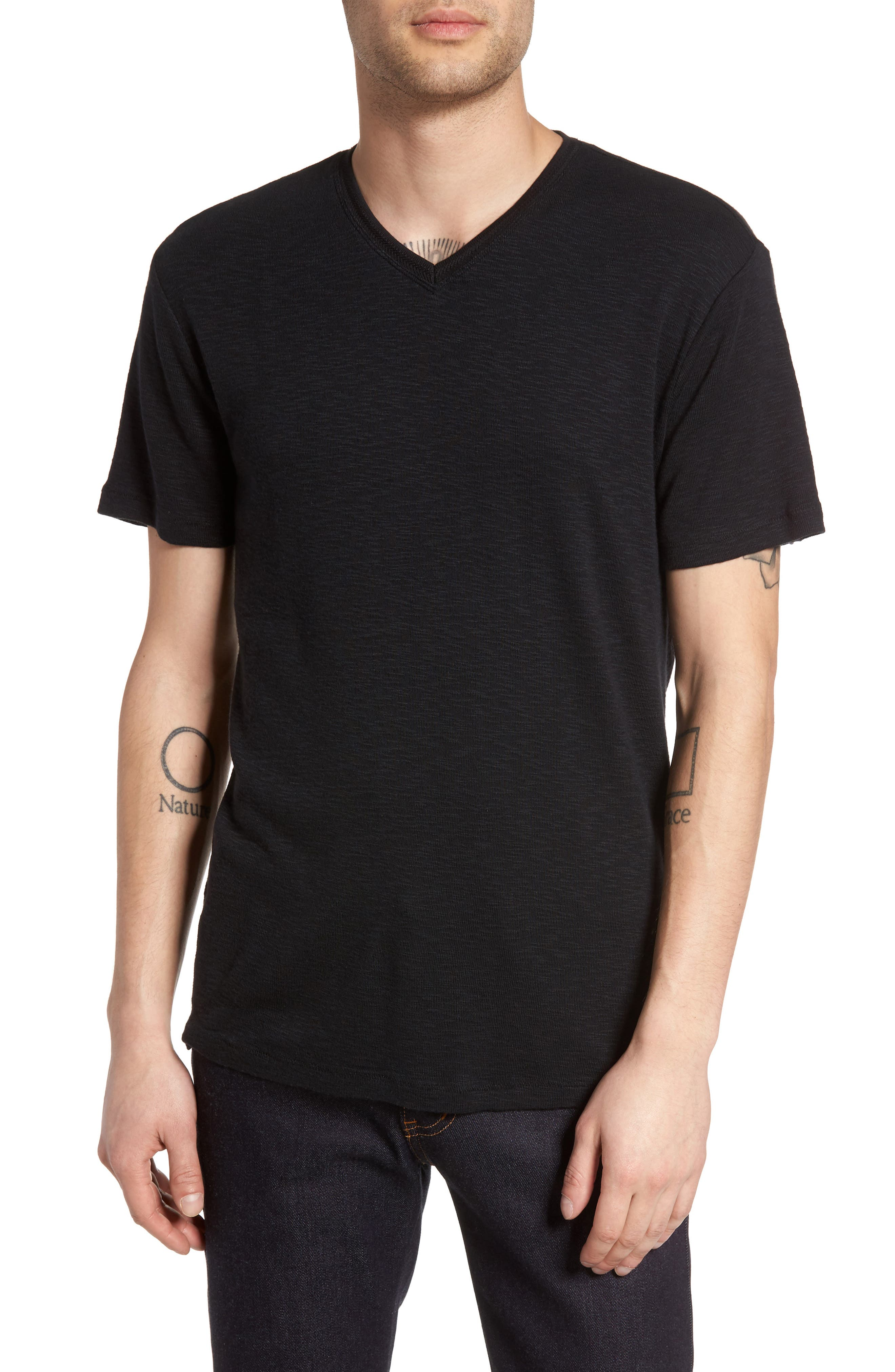 TREASURE & BOND Capitola V-Neck T-Shirt