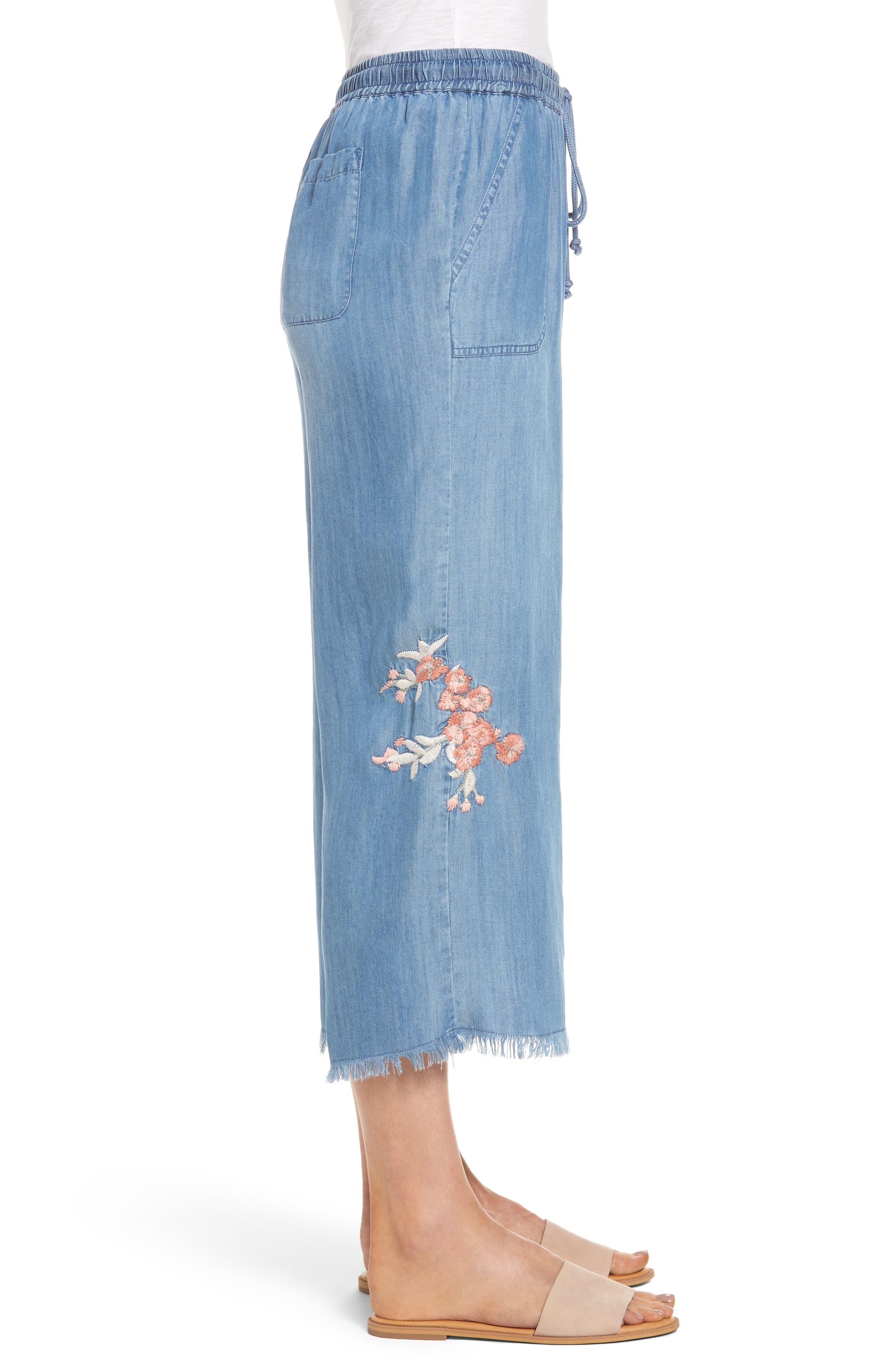 Alternate Image 3  - BILLY T Embroidered Denim Wide Leg Crop Pants