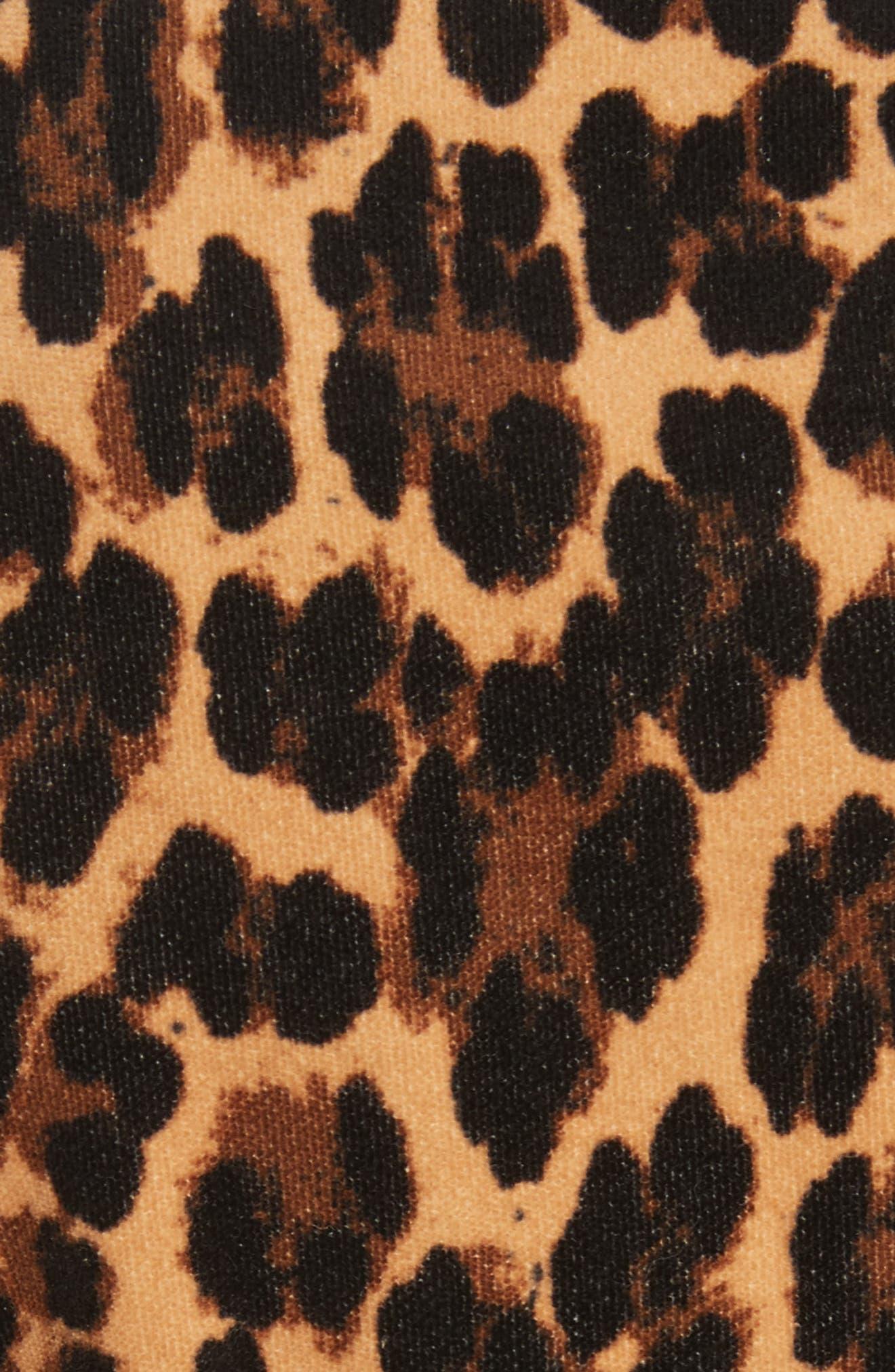 Alternate Image 7  - FRAME Cheetah Classic Velvet Blazer