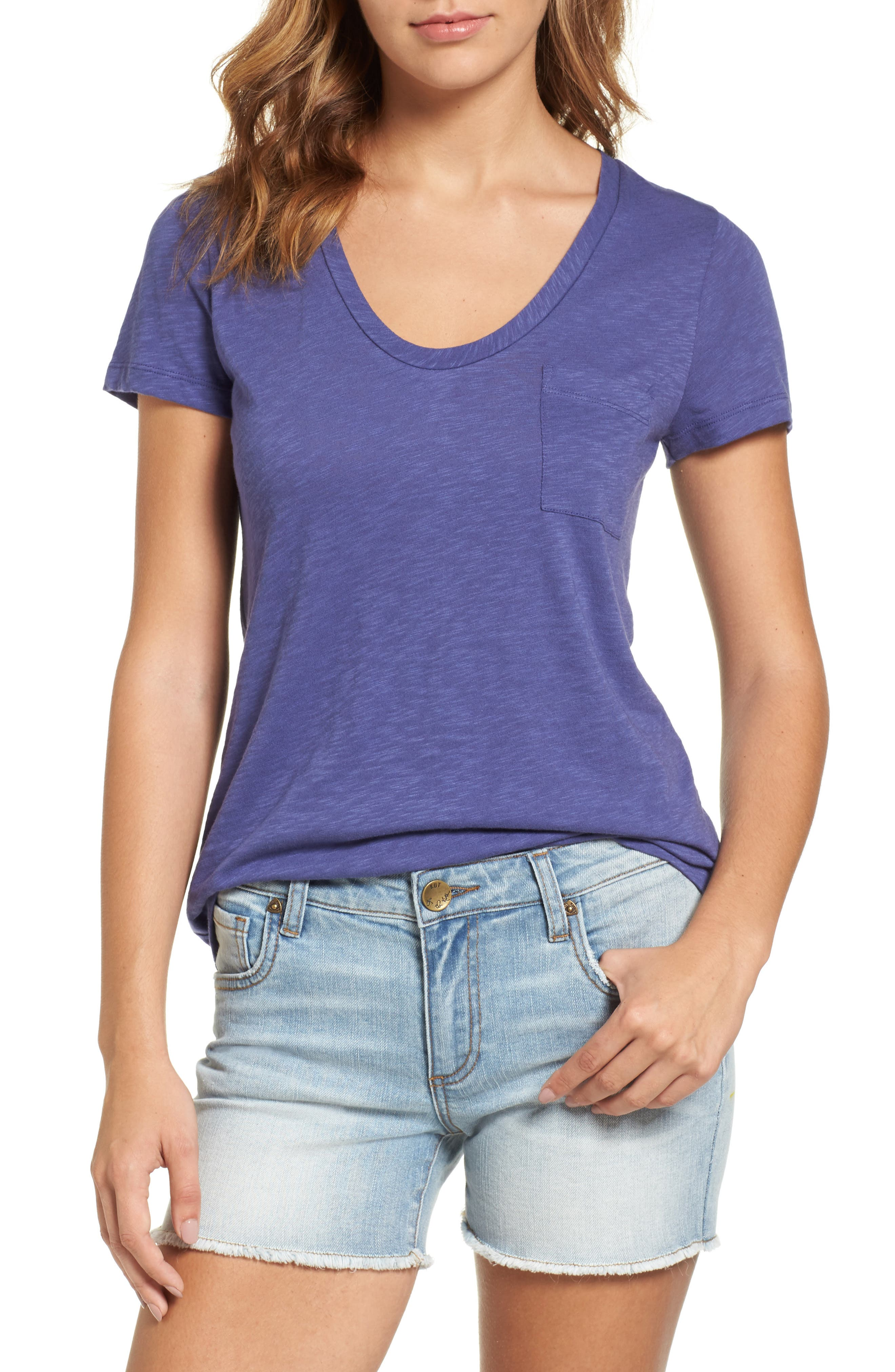 Caslon® Rounded V-Neck Tee (Regular & Petite)