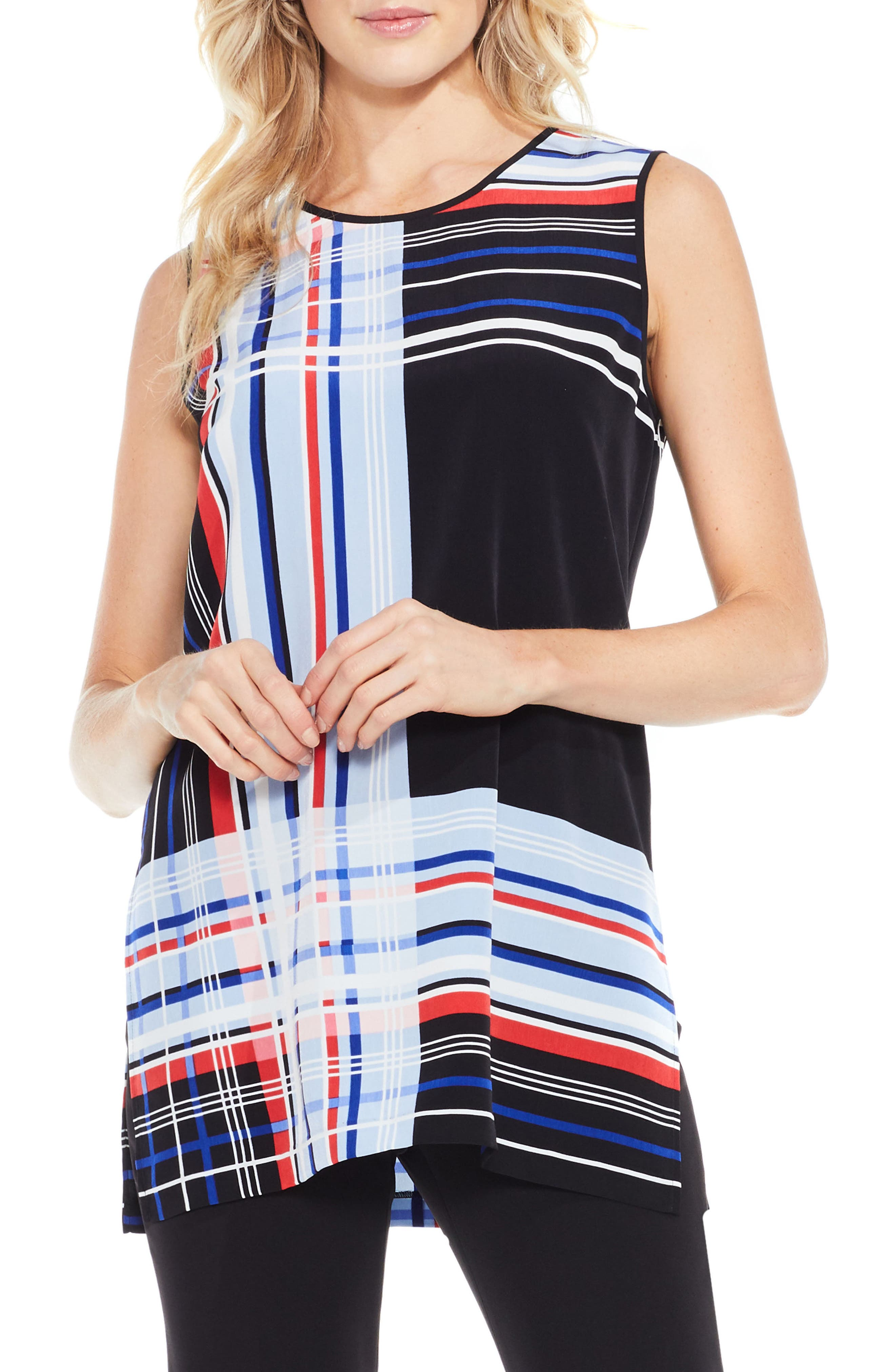 VINCE CAMUTO Linear Graphic Blouse
