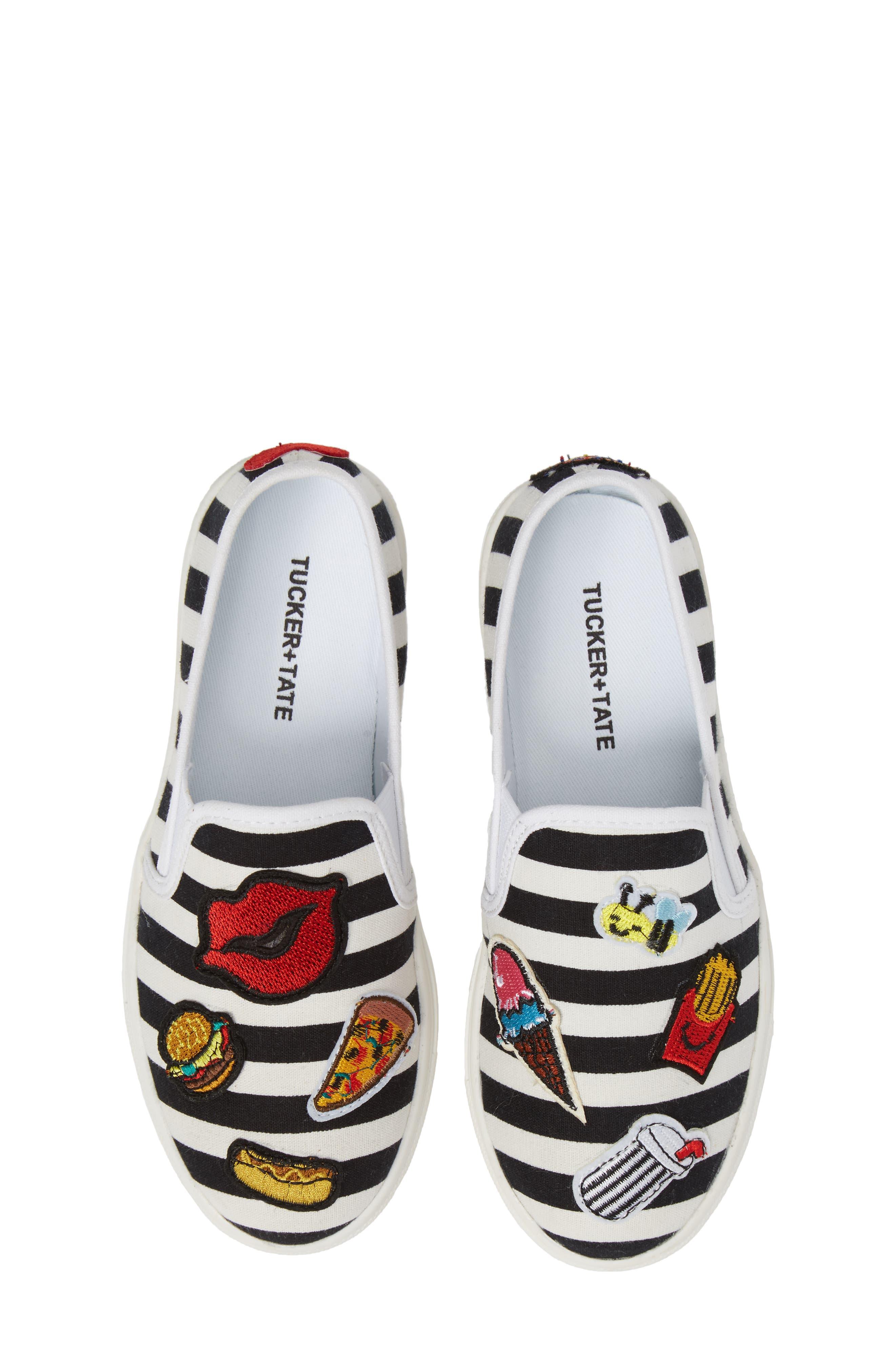 TUCKER + TATE Twinny Snack Appliqué Sneaker