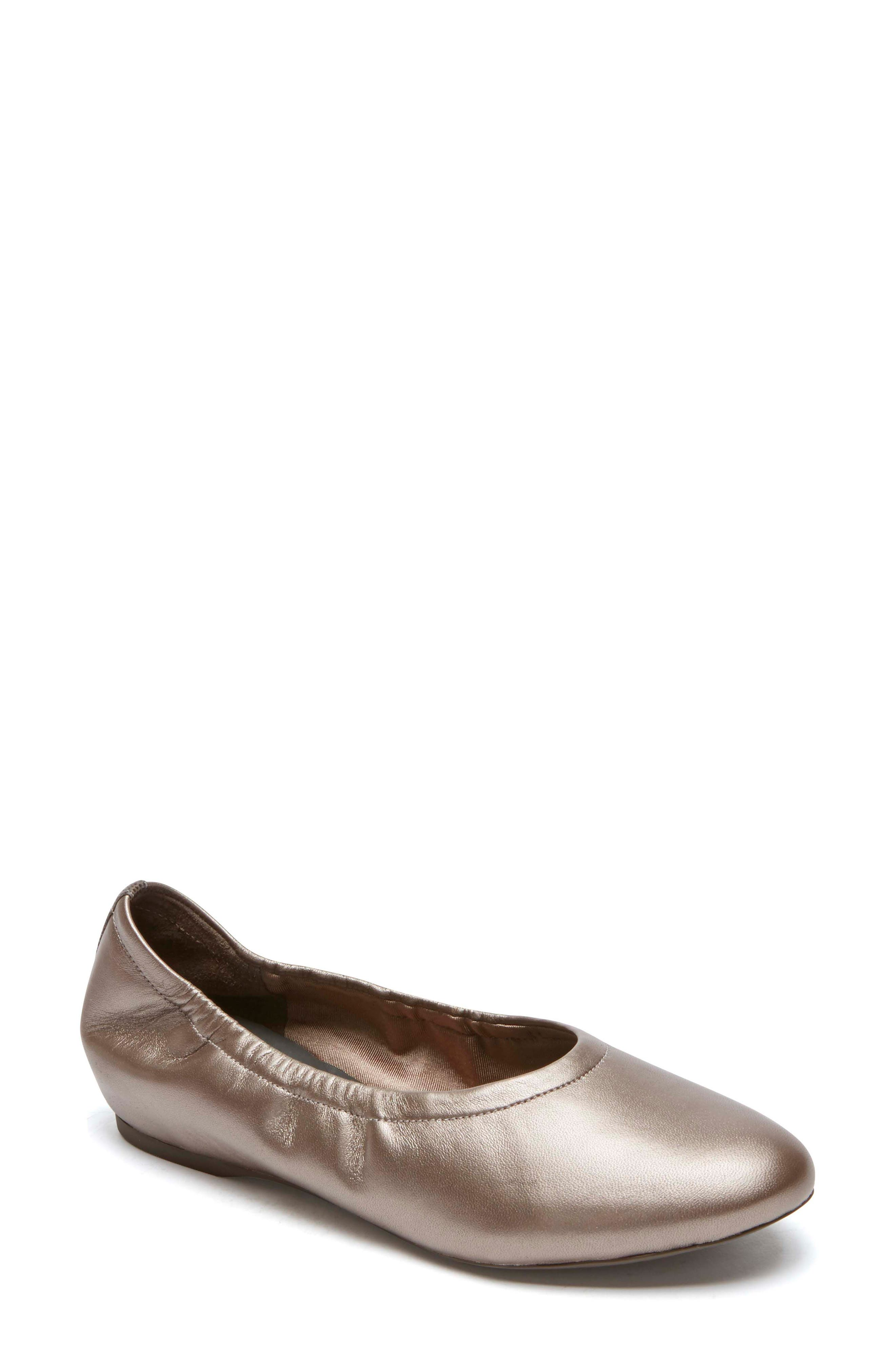 Rockport Total Motion Luxe Ruched Slip-On (Women)