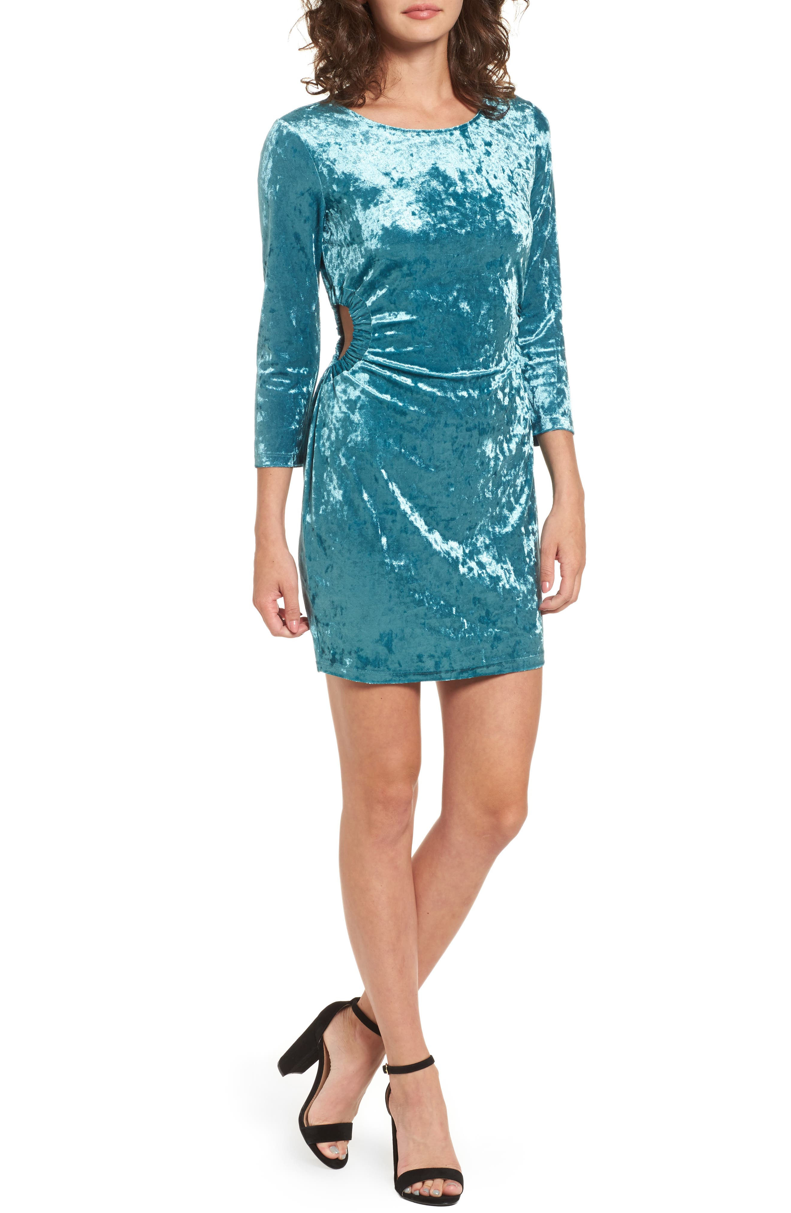 Main Image - Everly Cutout Velvet Dress