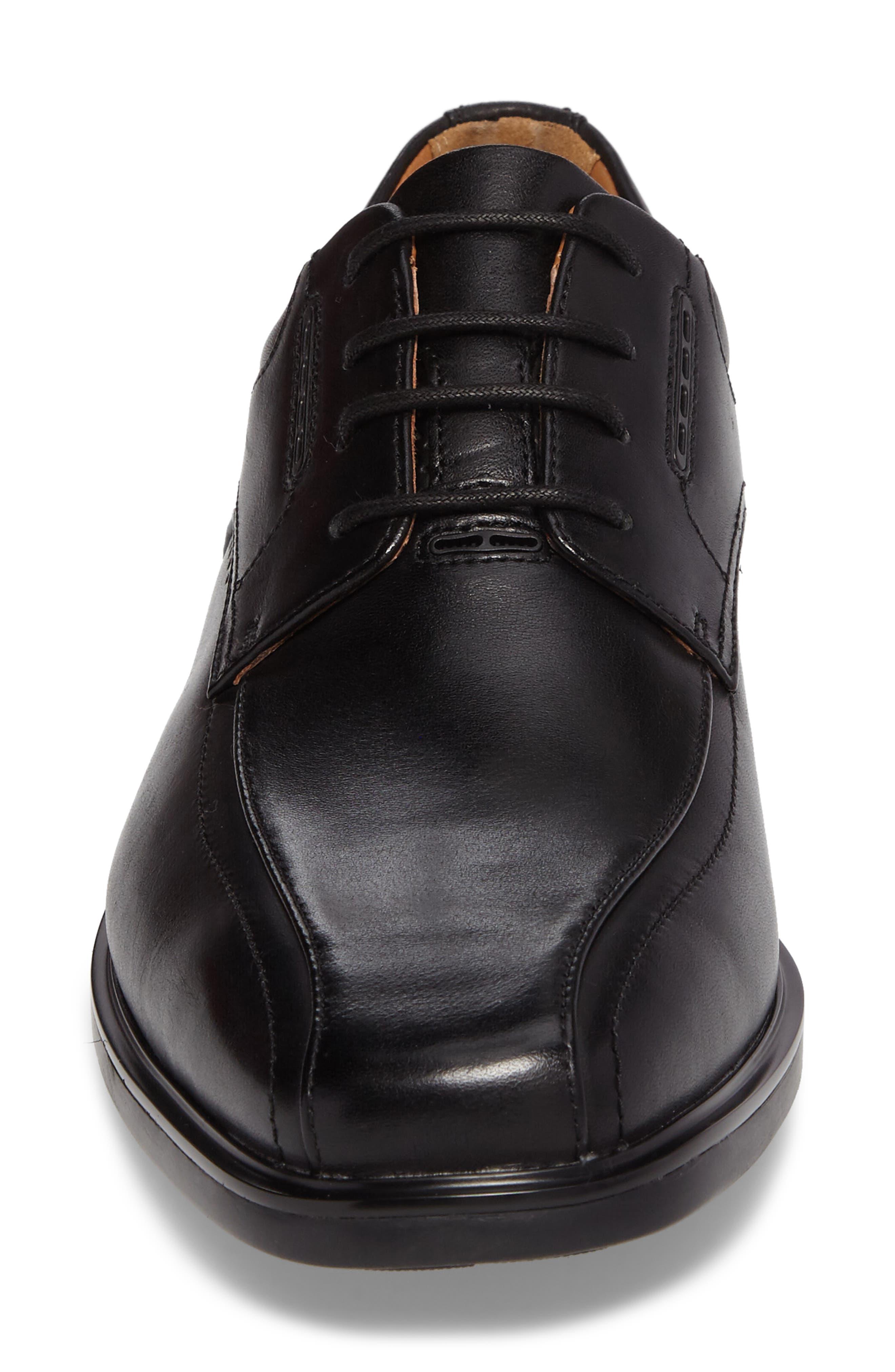 Un.Kenneth Bike Toe Oxford,                             Alternate thumbnail 4, color,                             Black Leather