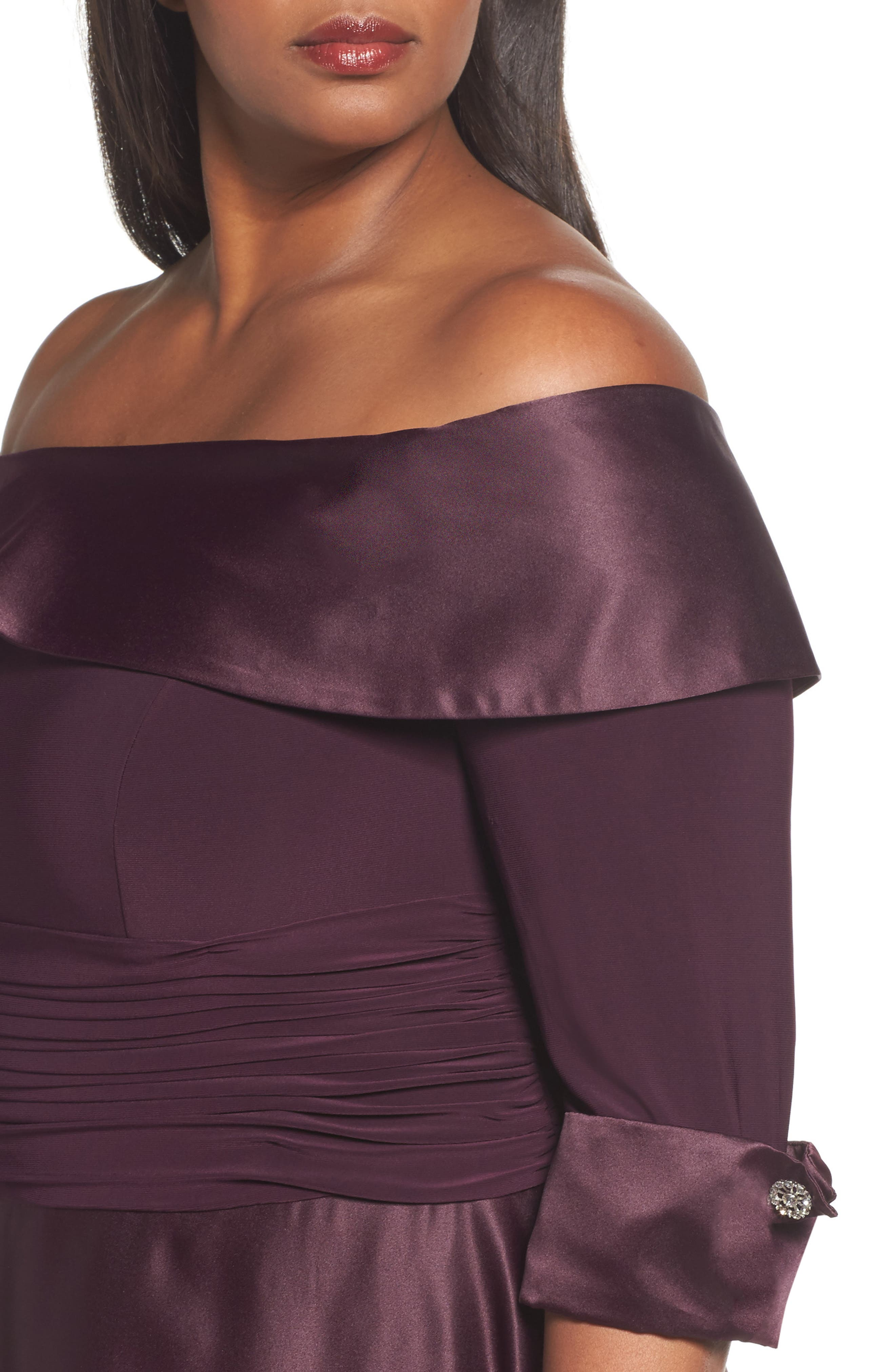 Off the Shoulder Mixed Media Gown,                             Alternate thumbnail 4, color,                             Plum