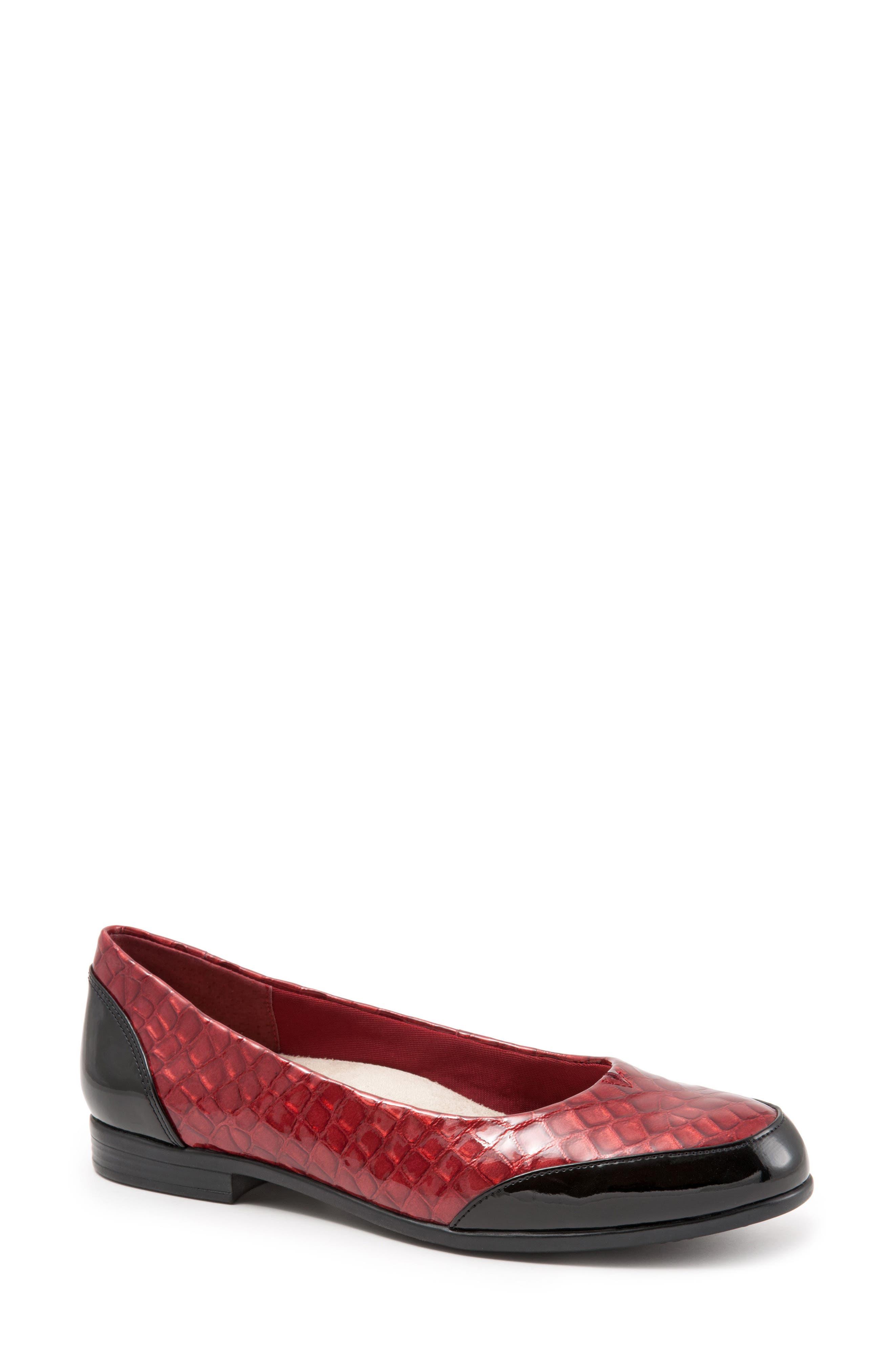Trotters Arnello Flat (Women)