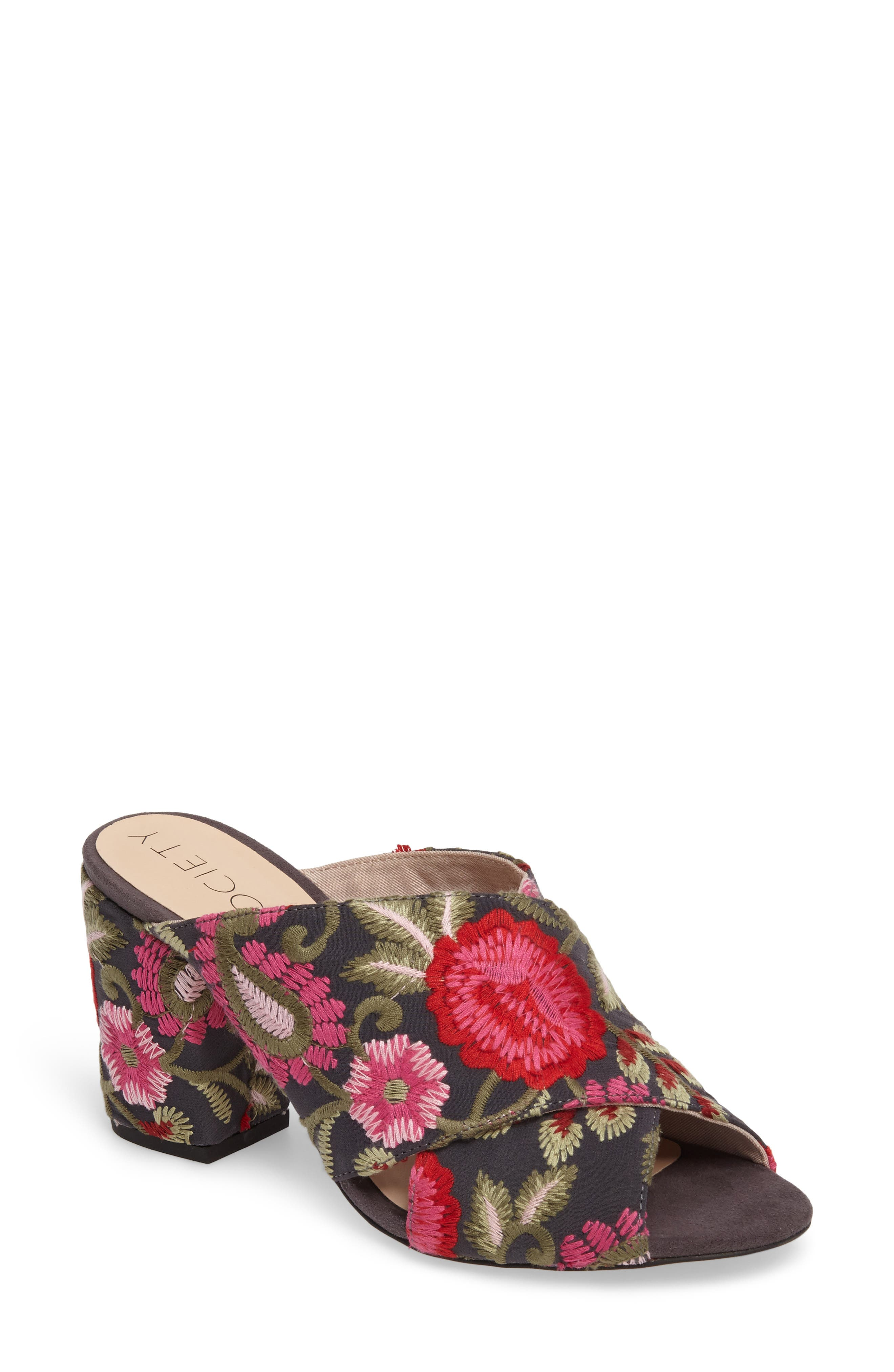 Alternate Image 1 Selected - Sole Society Luella Flower Embroidered Slide (Women)
