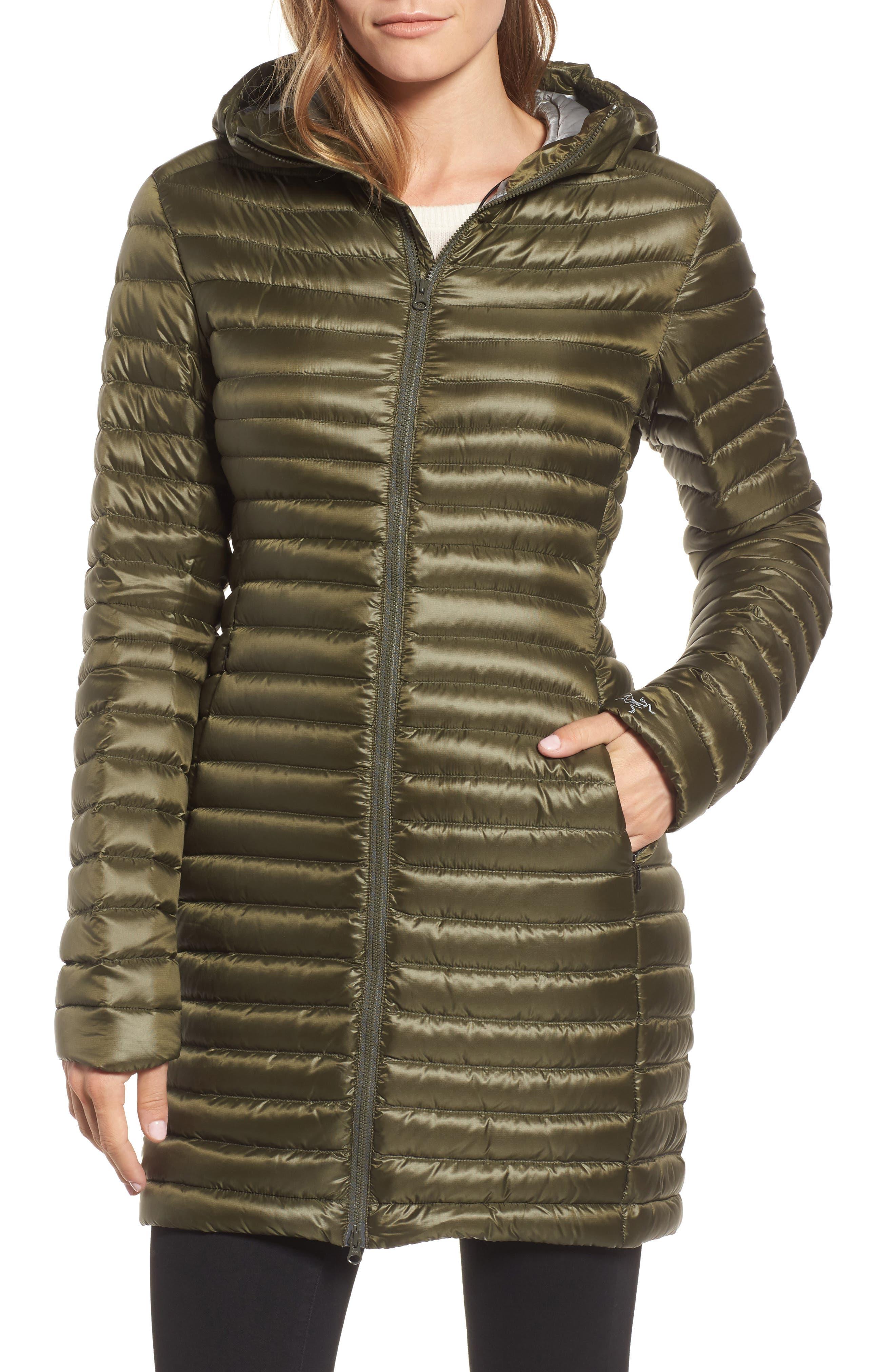 'Nuri' Hooded Water Resistant Down Coat,                             Alternate thumbnail 4, color,                             Banyen