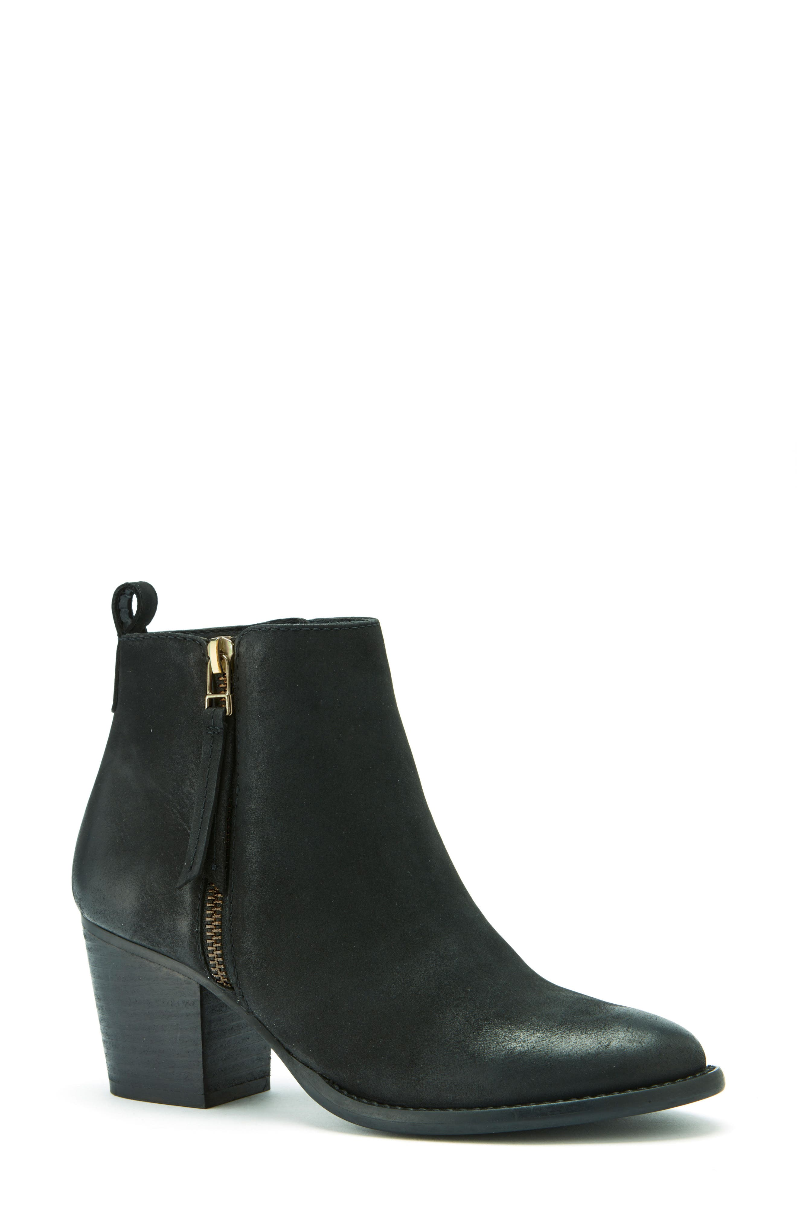 Blondo Vegas Waterproof Bootie (Women)