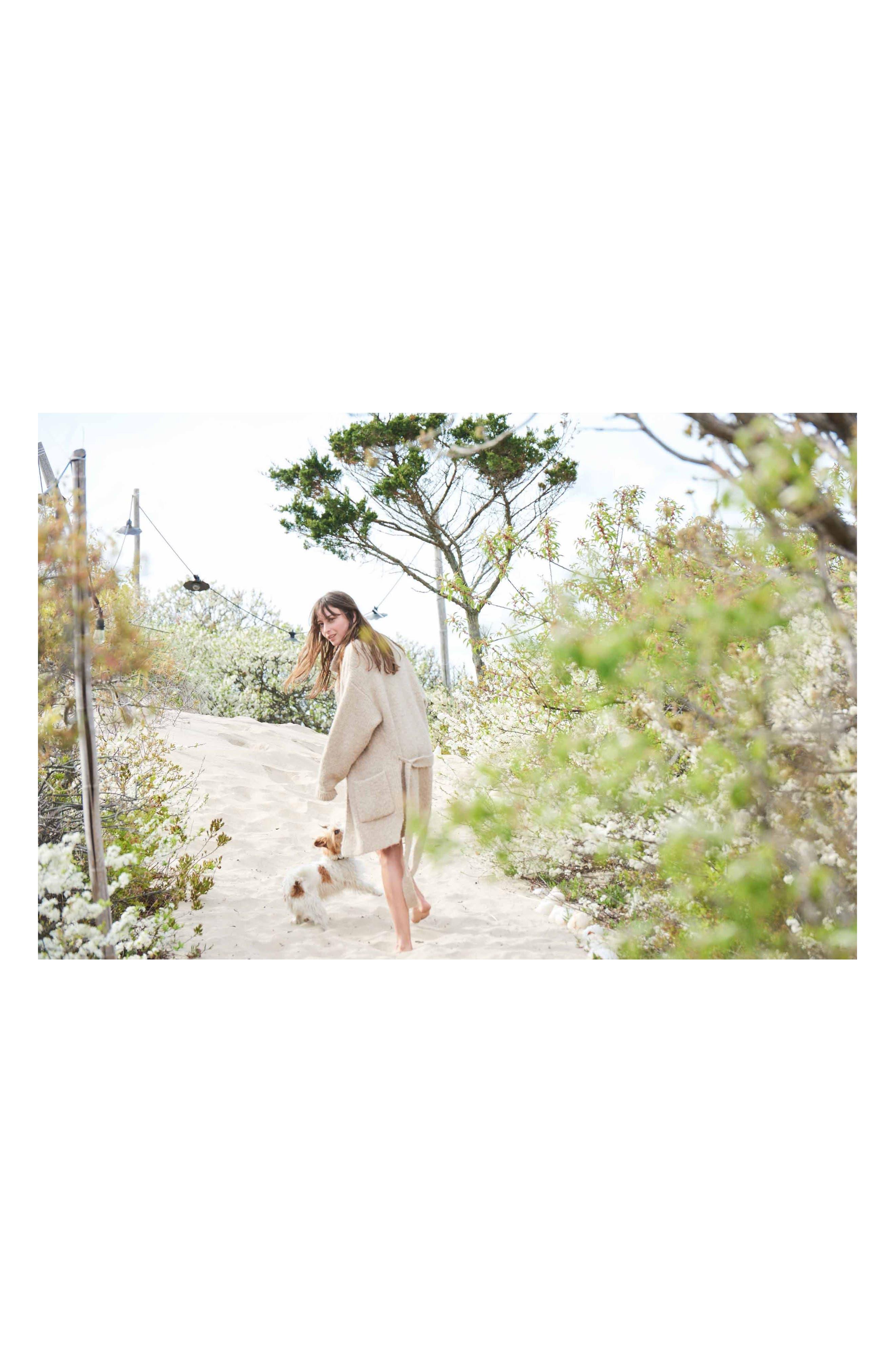 Alternate Image 6  - Elizabeth and James Nirvana White Eau de Parfum
