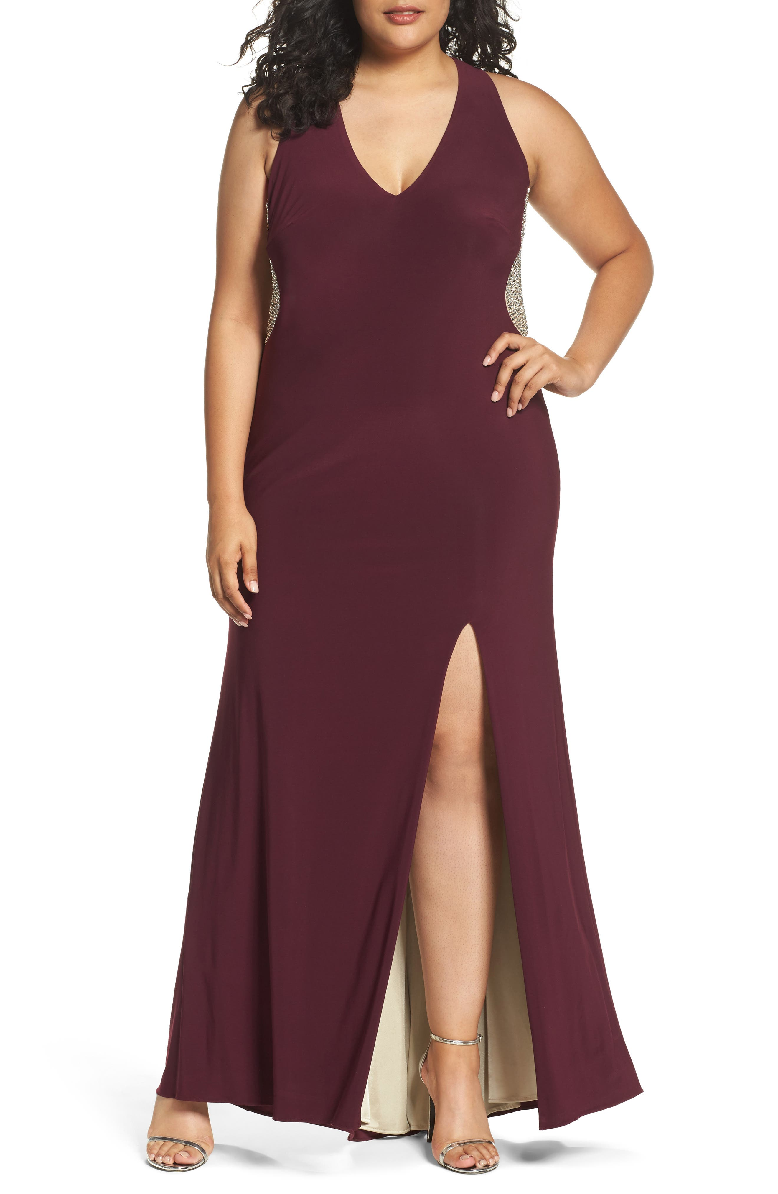 Main Image - Xscape Embellished Back Jersey Gown (Plus Size)