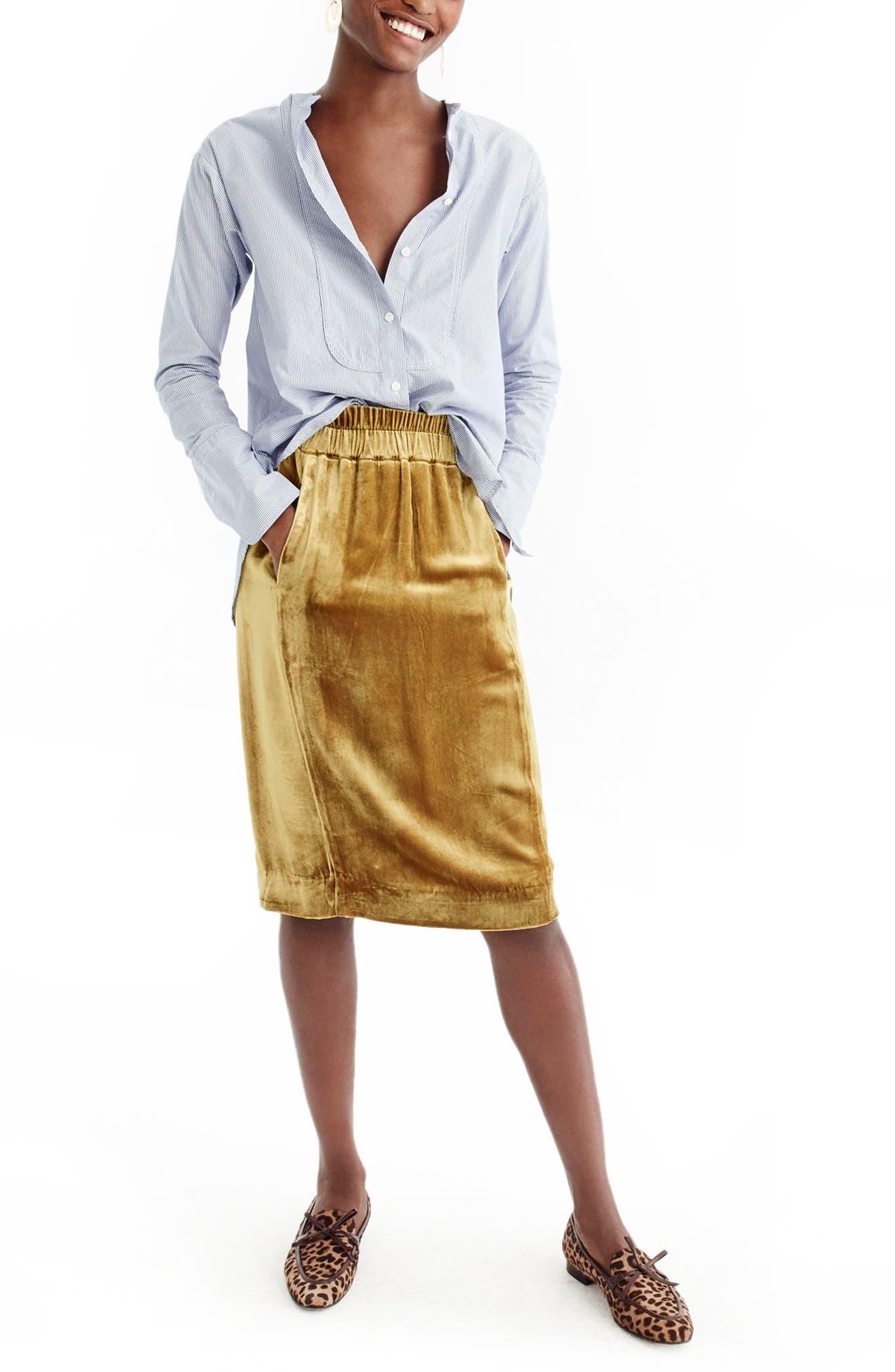 Main Image - J.Crew Pull-On Velvet Skirt (Regular & Petite)