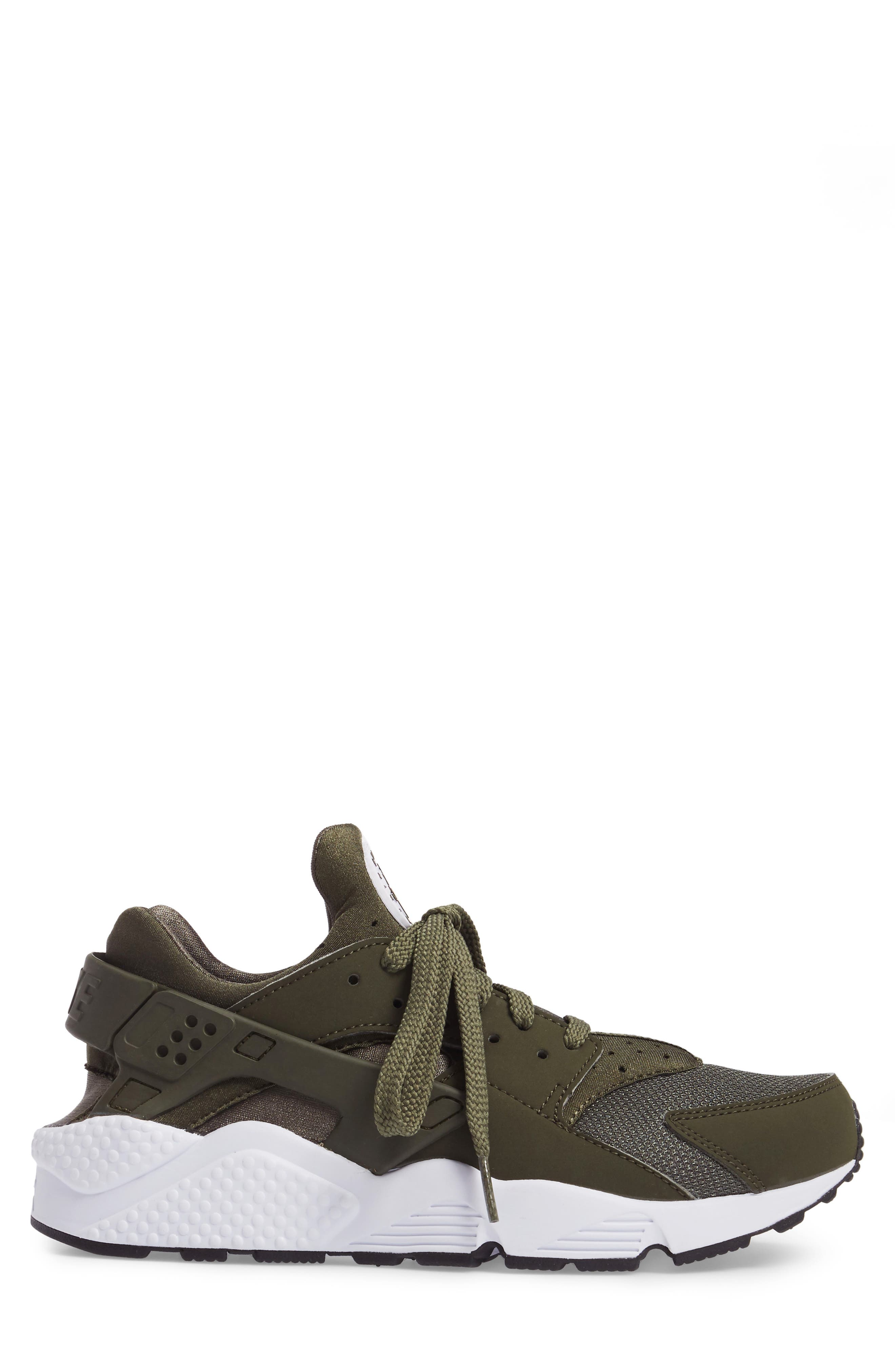 Alternate Image 3  - Nike 'Air Huarache' Sneaker (Men)