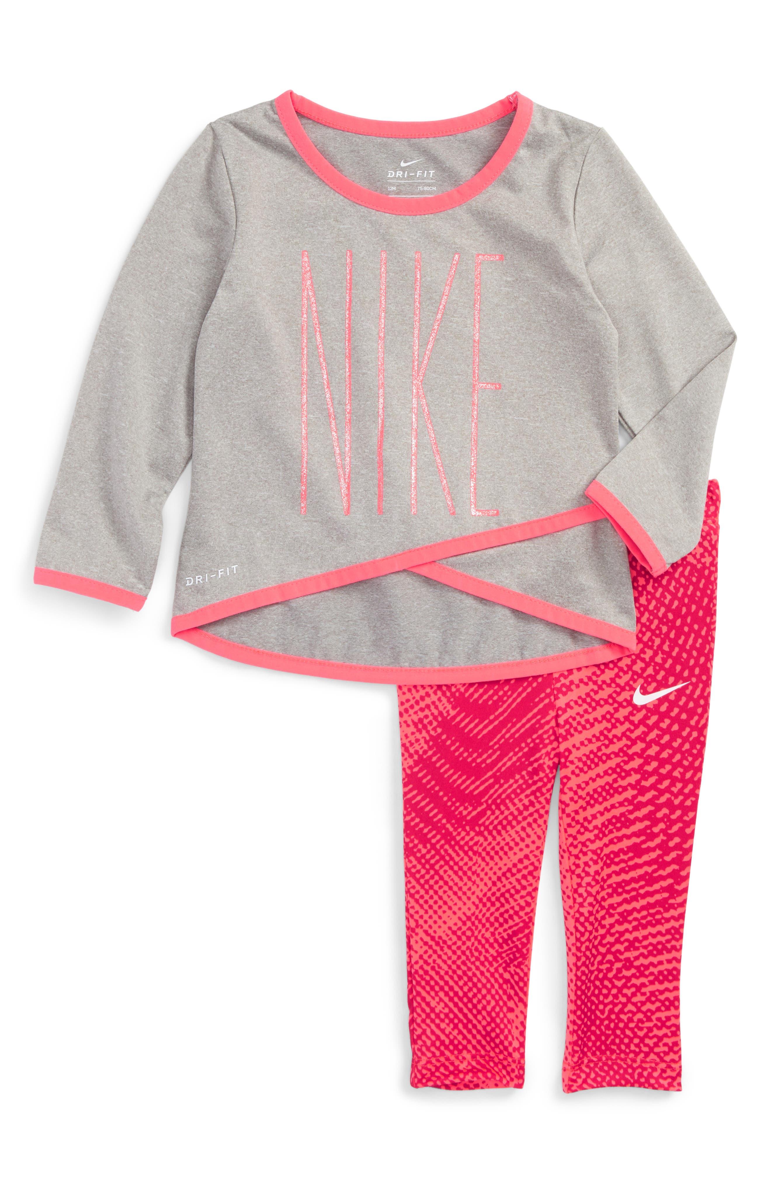 Main Image - NIke Dri-FIT Graphic Tee & Print Leggings Set (Baby Girls)